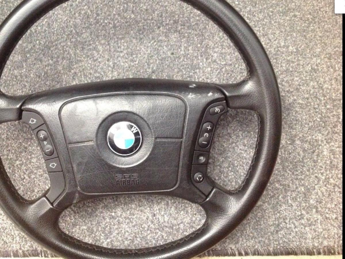 Bmw E39 Steering Wheel With Complete Airbag In Ub6 Greenford For 75 00 For Sale Shpock