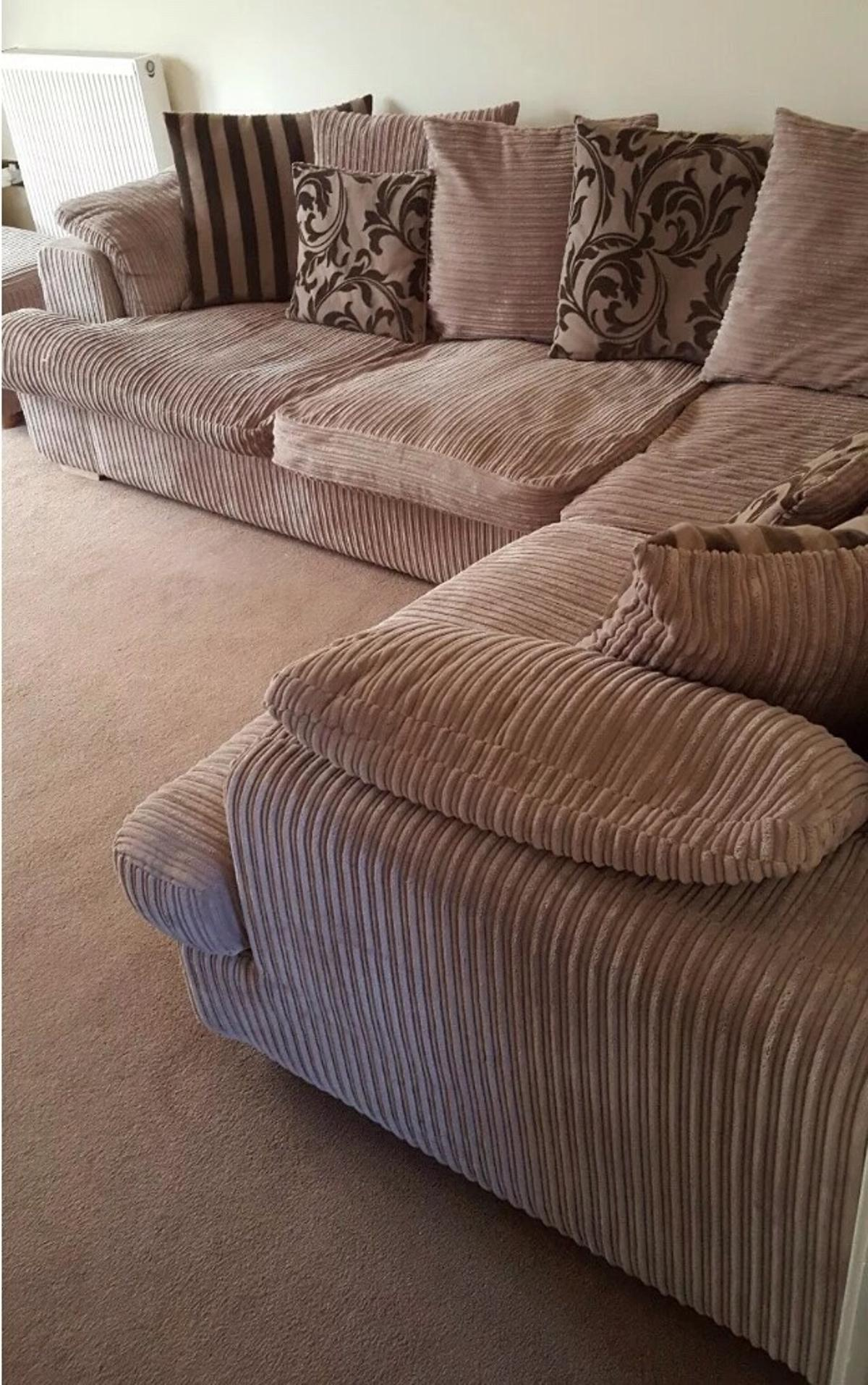 Dfs Jumbo Cord Corner Sofa In Nr2 Norwich For 260 00 For Sale Shpock