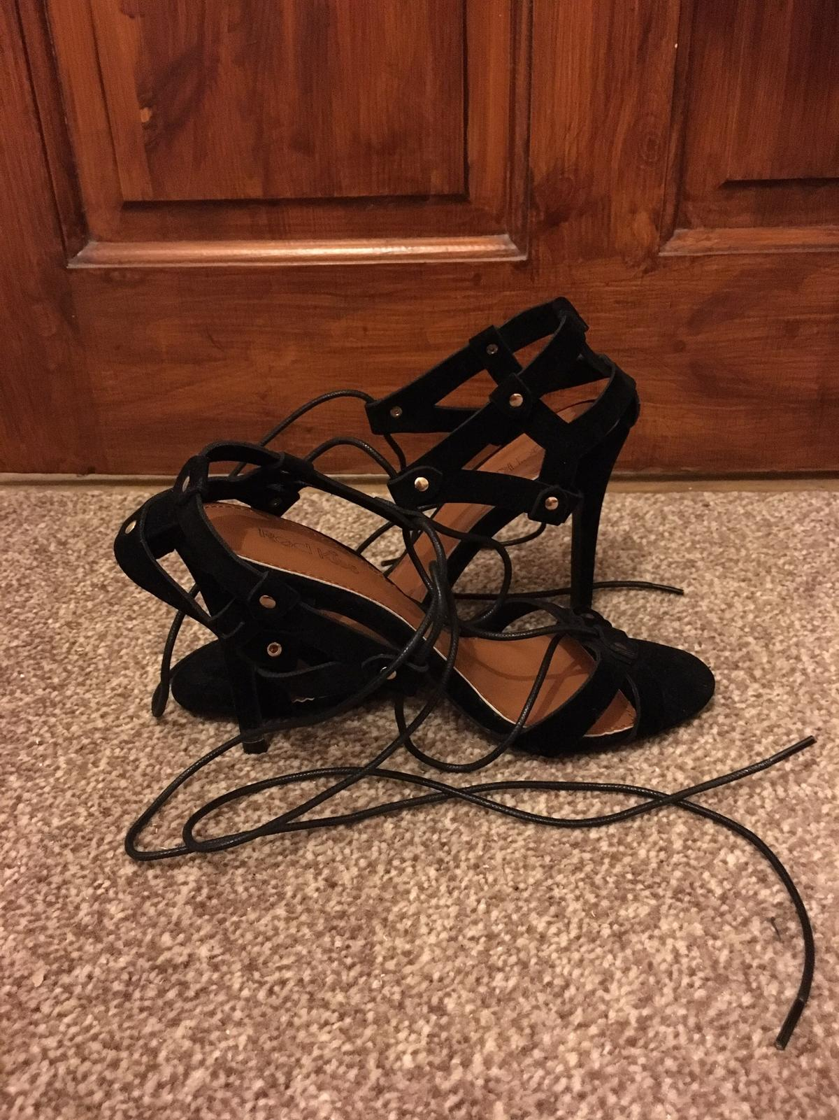 bced3439950 Ladies Boohoo Lace Up Heels in CO15 Tendring for £14.00 for sale ...