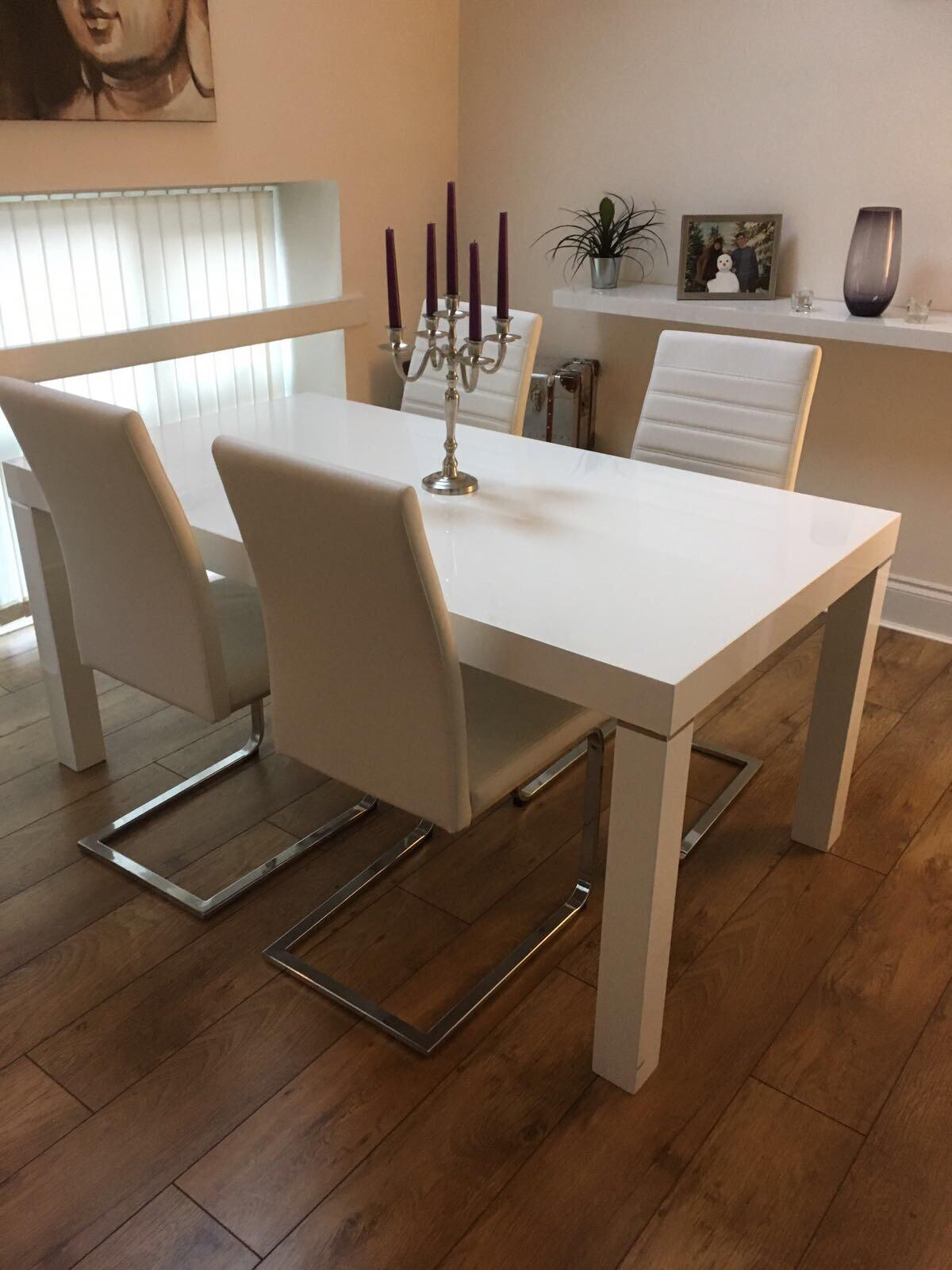 Harvey S High Gloss Dining Table White