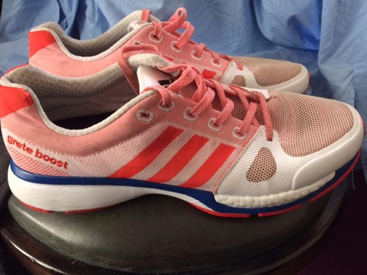 ADIDAS Aktiv running trainers size UK 7 in E9 London for