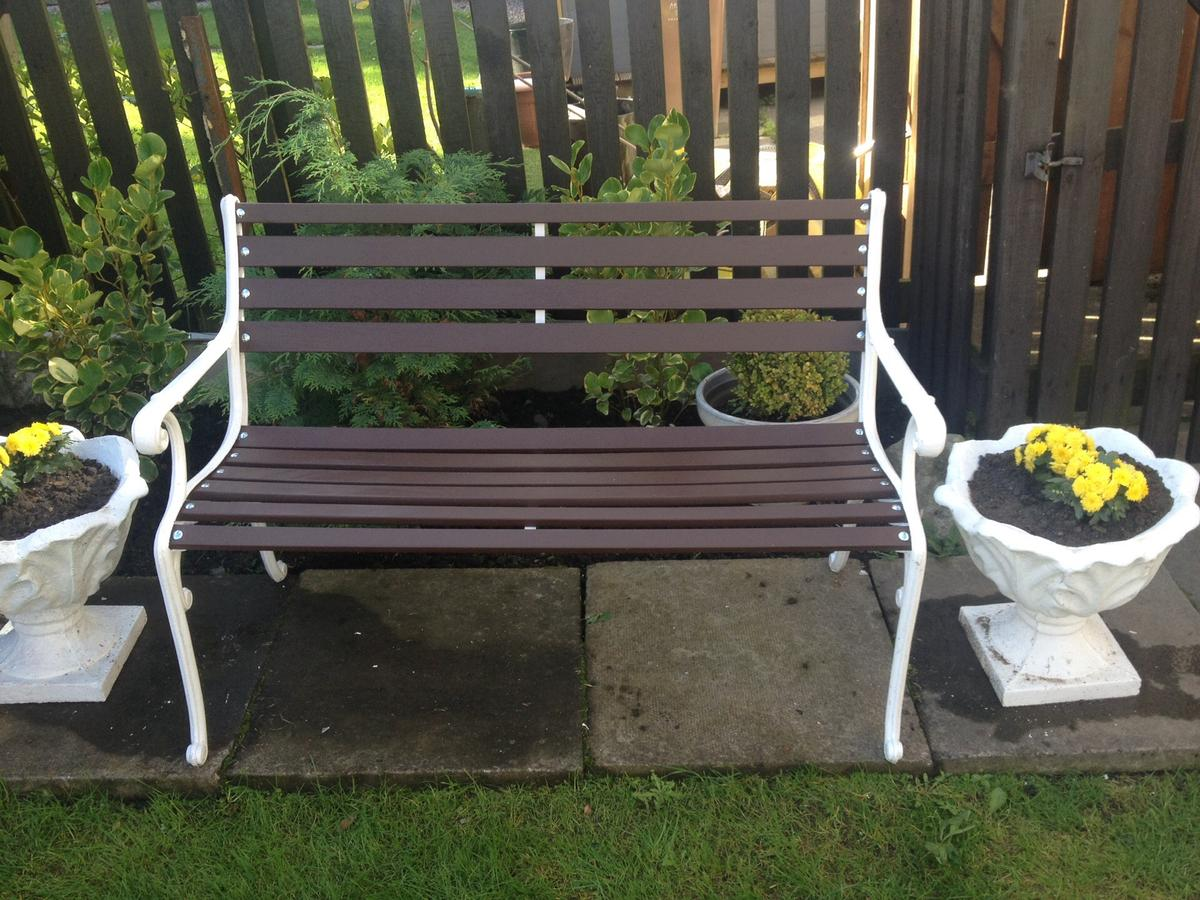 Picture of: Restored Art Deco Style Cast Iron Garden Benc In Ab11 Aberdeen For 70 00 For Sale Shpock