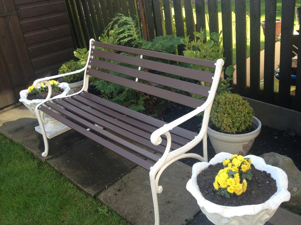 Restored Art Deco Style Cast Iron Garden Benc In Ab11 Aberdeen For 70 00 For Sale Shpock
