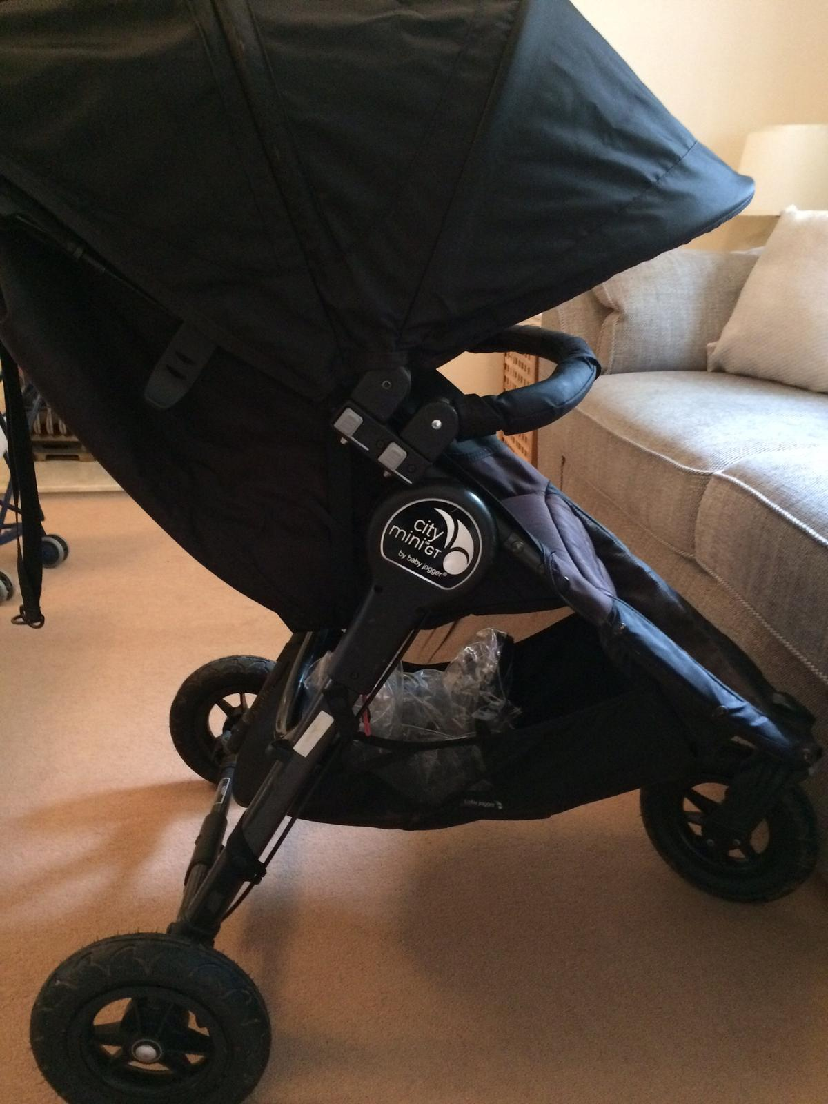 Baby Jogger City Mini Gt Black In Tn23 Ashford For 165 00 For Sale