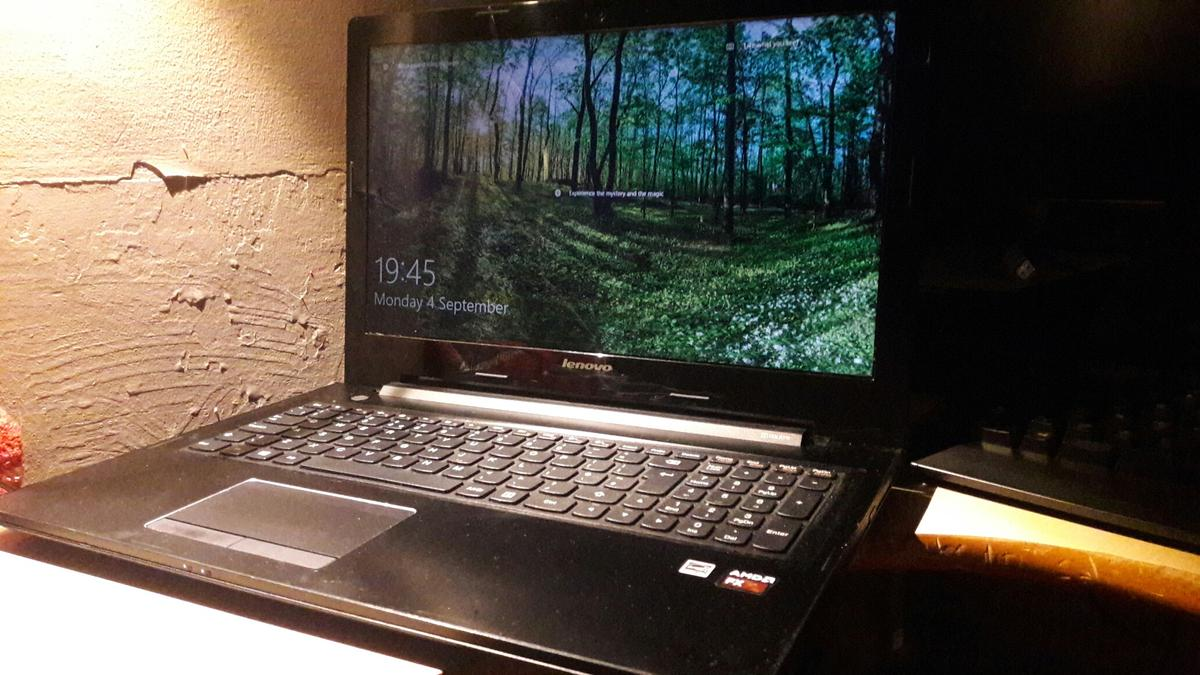 Lenovo Gaming Laptop Like New Condition In Rh7 Heath For 349 99 For Sale Shpock
