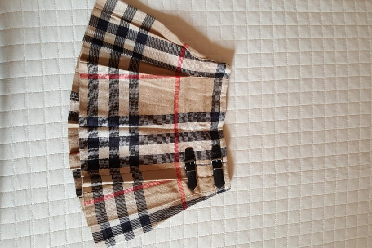outlet store 685f2 4651f GONNA BURBERRY BAMBINA in 02032 Fara in Sabina für 25,00 ...