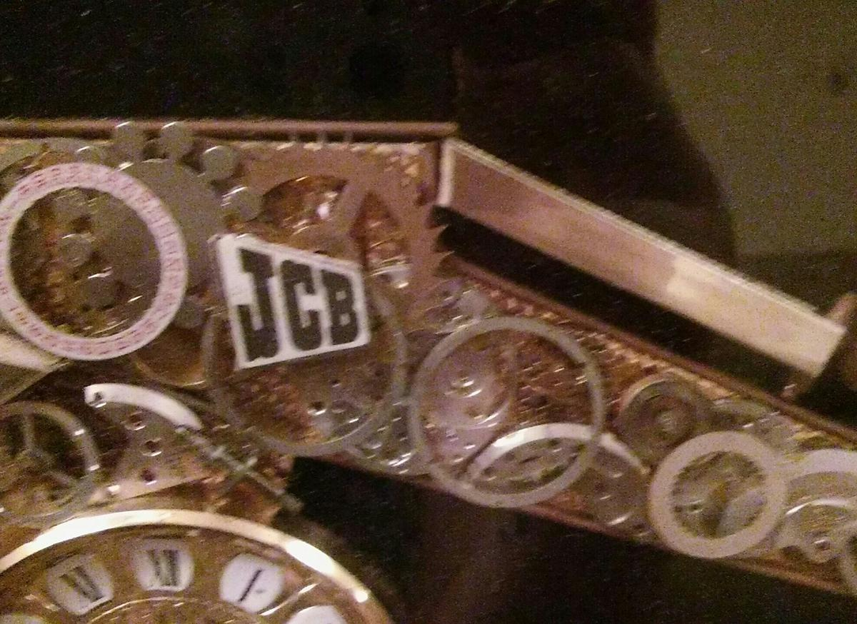 JCB CLOCK in ST14 Rocester for £35 00 for sale - Shpock