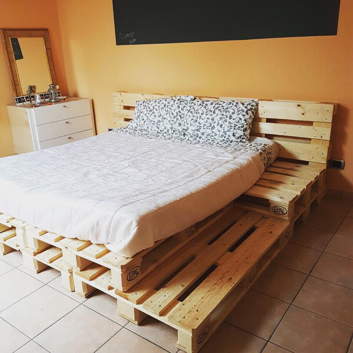 Letto Matrimoniale Pallet.Base Letto Matrimoniale Pallet In 12037 Saluzzo For 90 00 For