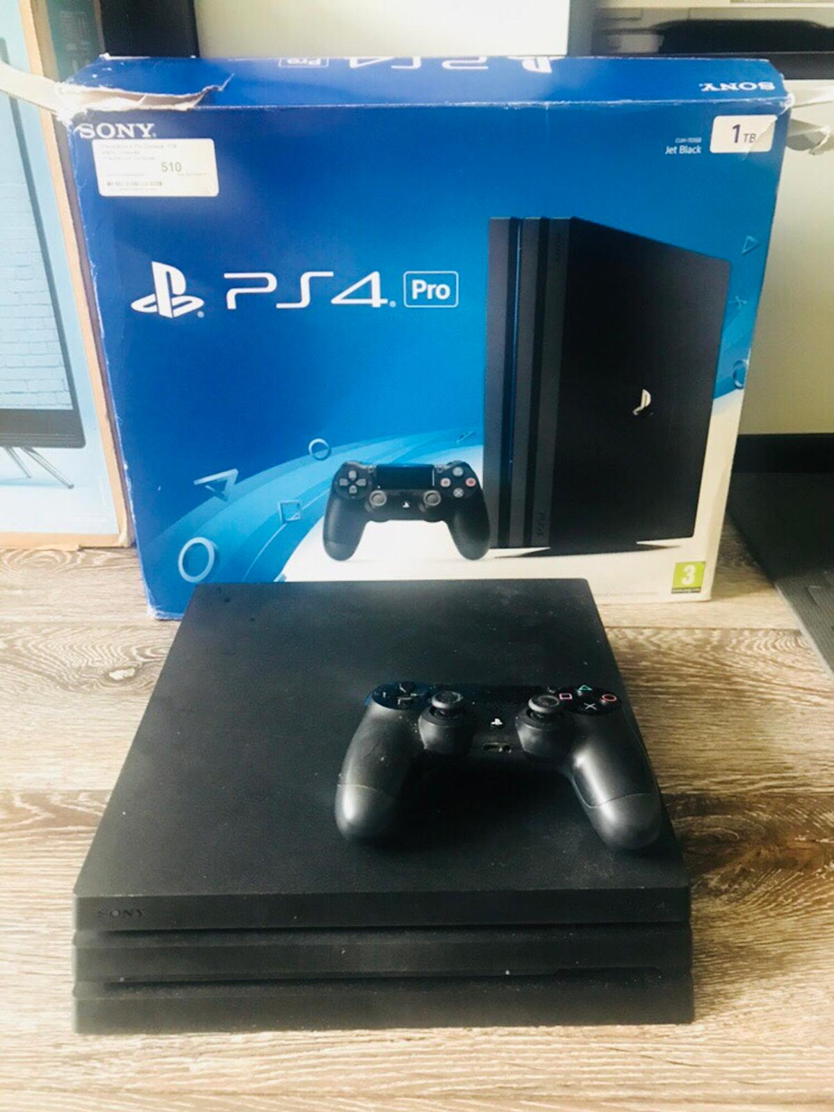 PS4 Pro 1TB with box