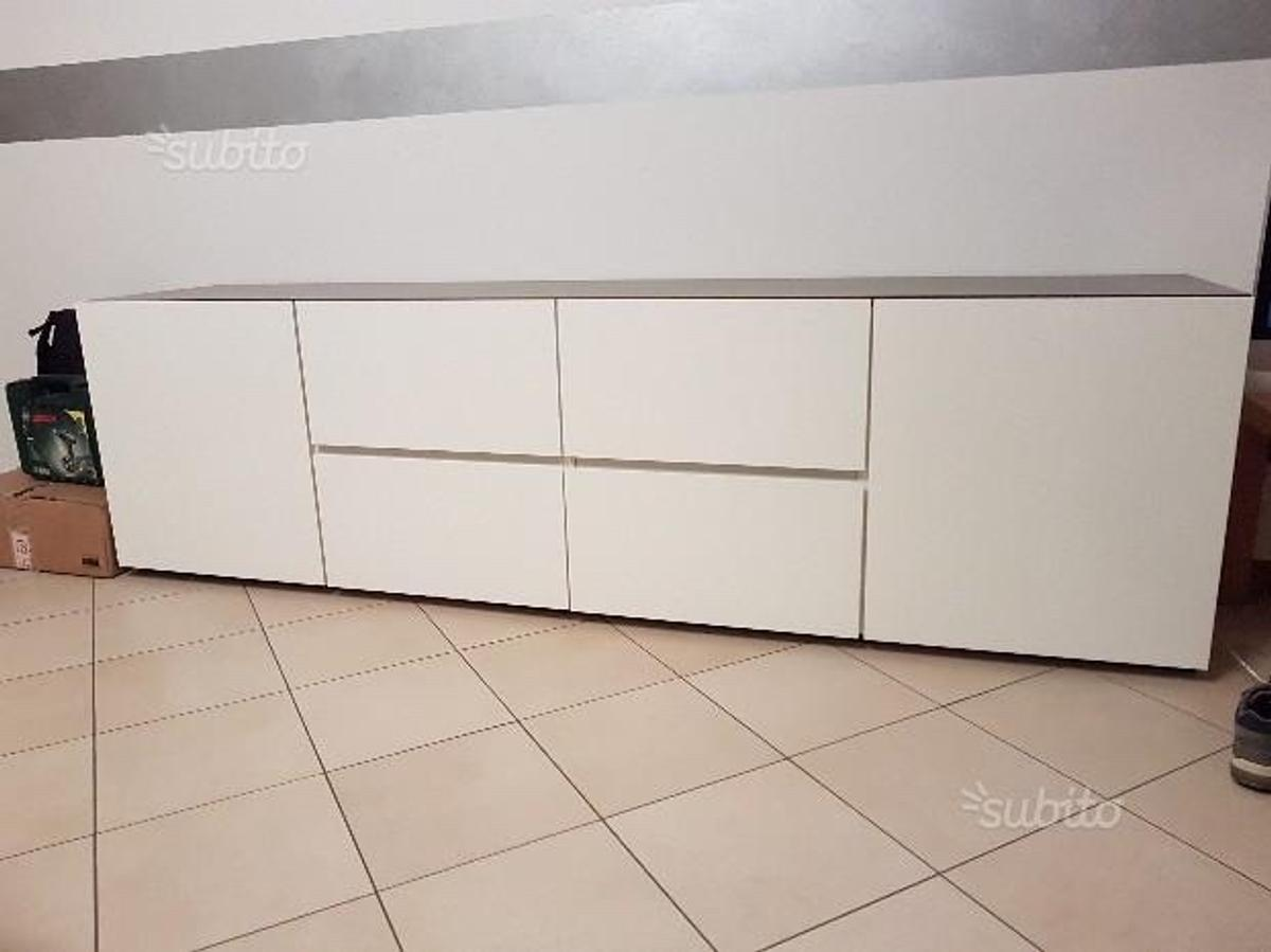 Credenza Moderna Laccata Mercantini Mobili.Madia Mercantini In 20021 Bollate For 700 00 For Sale Shpock