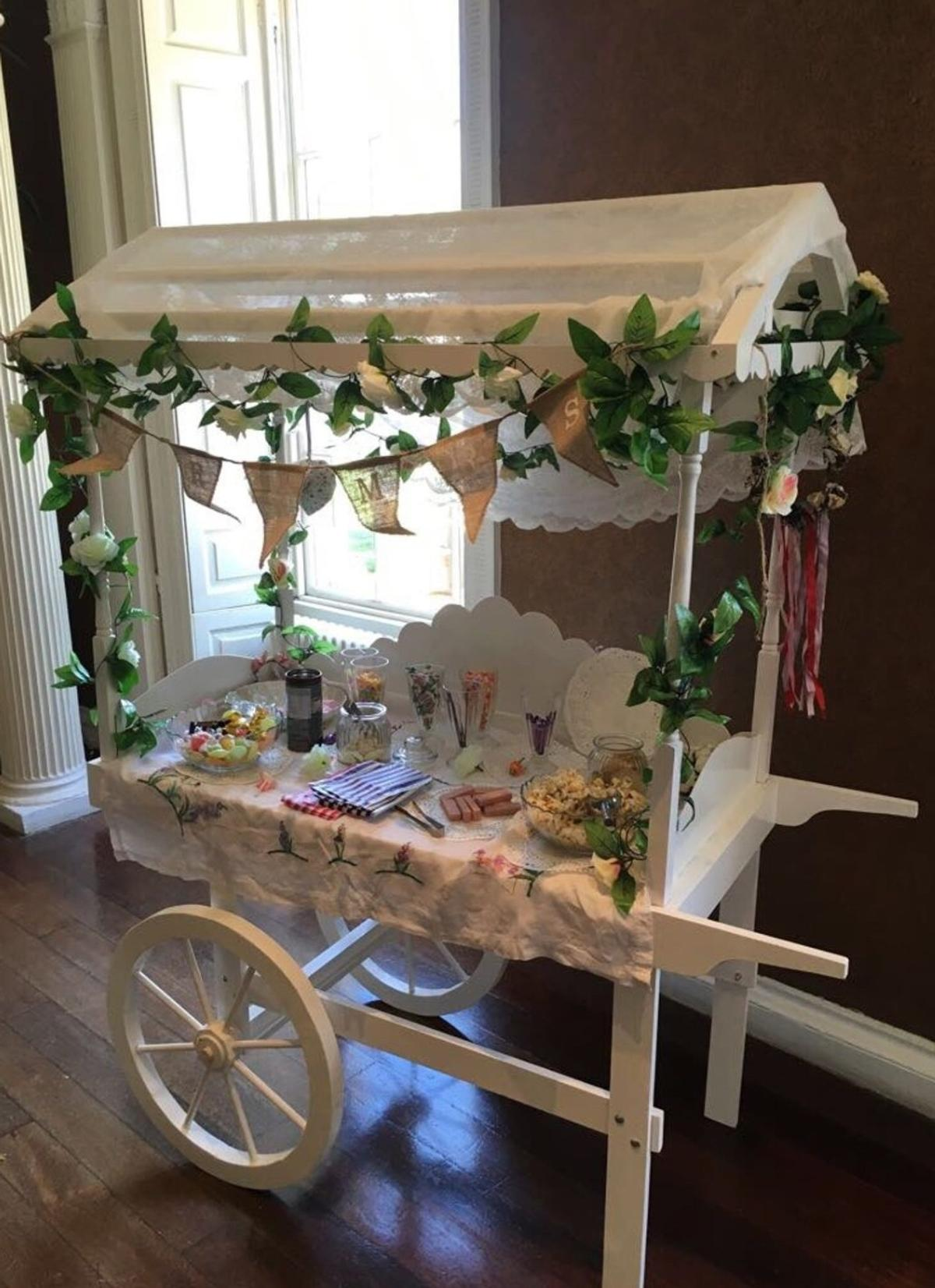 White Wooden Candy Sweet Cart For Sale