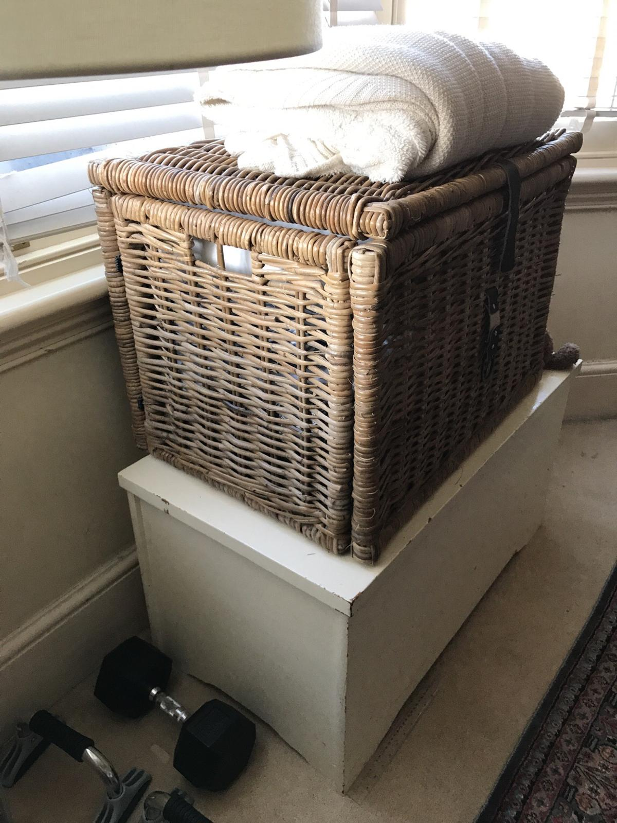 Large Wicker Ikea Storage Chest In Sw11 London For 20 00 For Sale Shpock