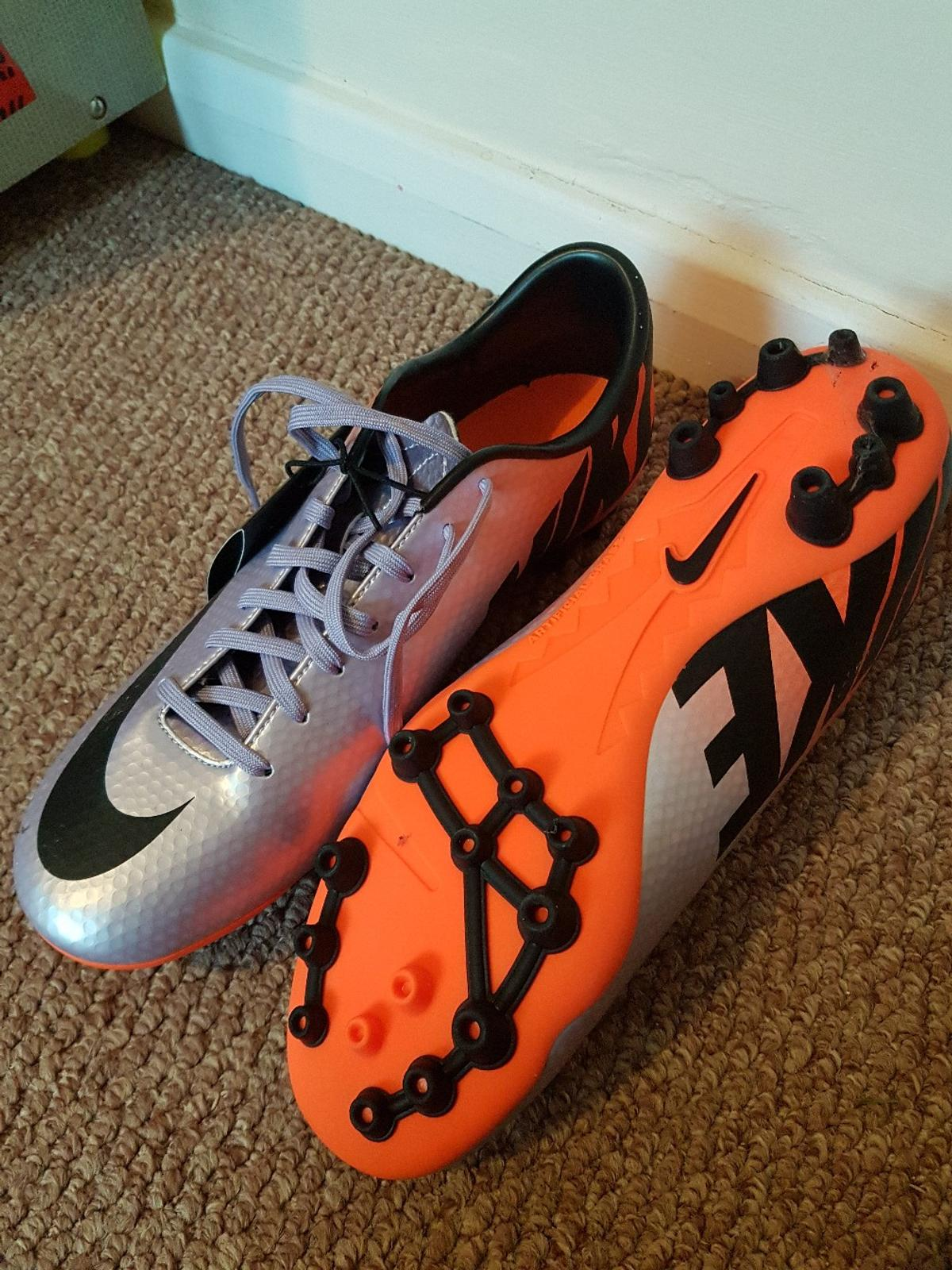 thoughts on best selling uk store Brand New Nike Football Boots - Size 6
