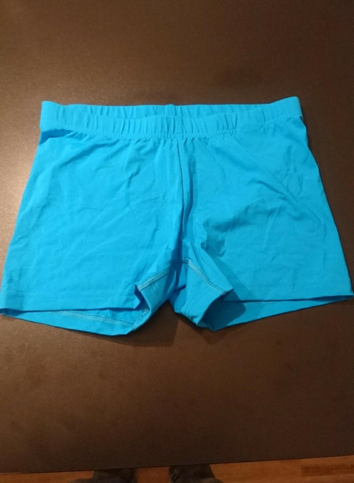 buy online 3f829 1e5a9 Tennisbekleidung Frauen in 6555 See for free for sale - Shpock