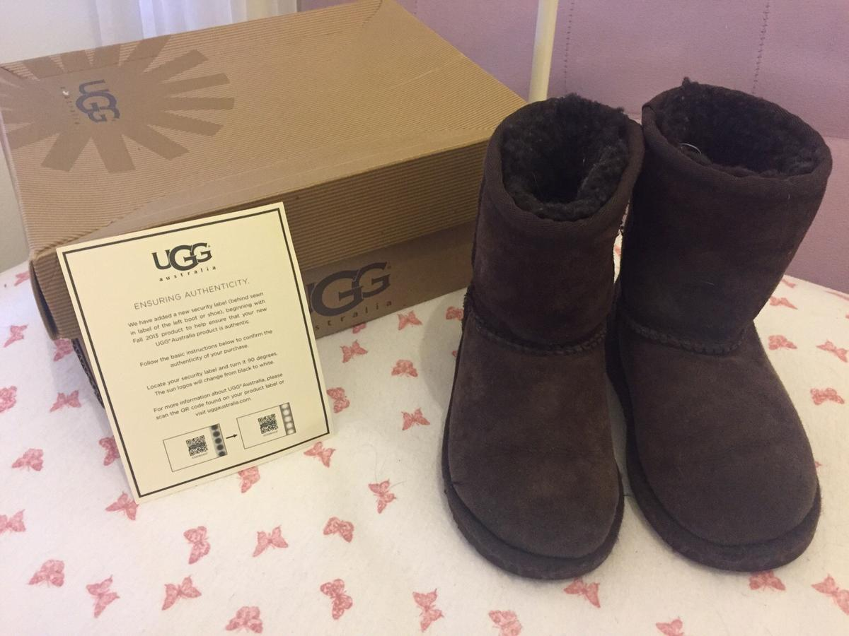 50% off new high separation shoes Genuine infant Ugg boots 7