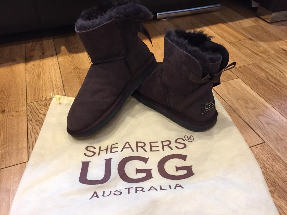 99fc5dcb83f Shearers UGG Ankle 1 Bow Bailey Boots Size 5