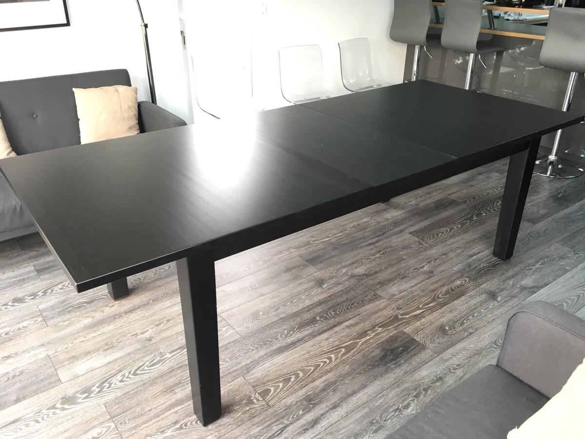 Ikea extendable dining table with 2