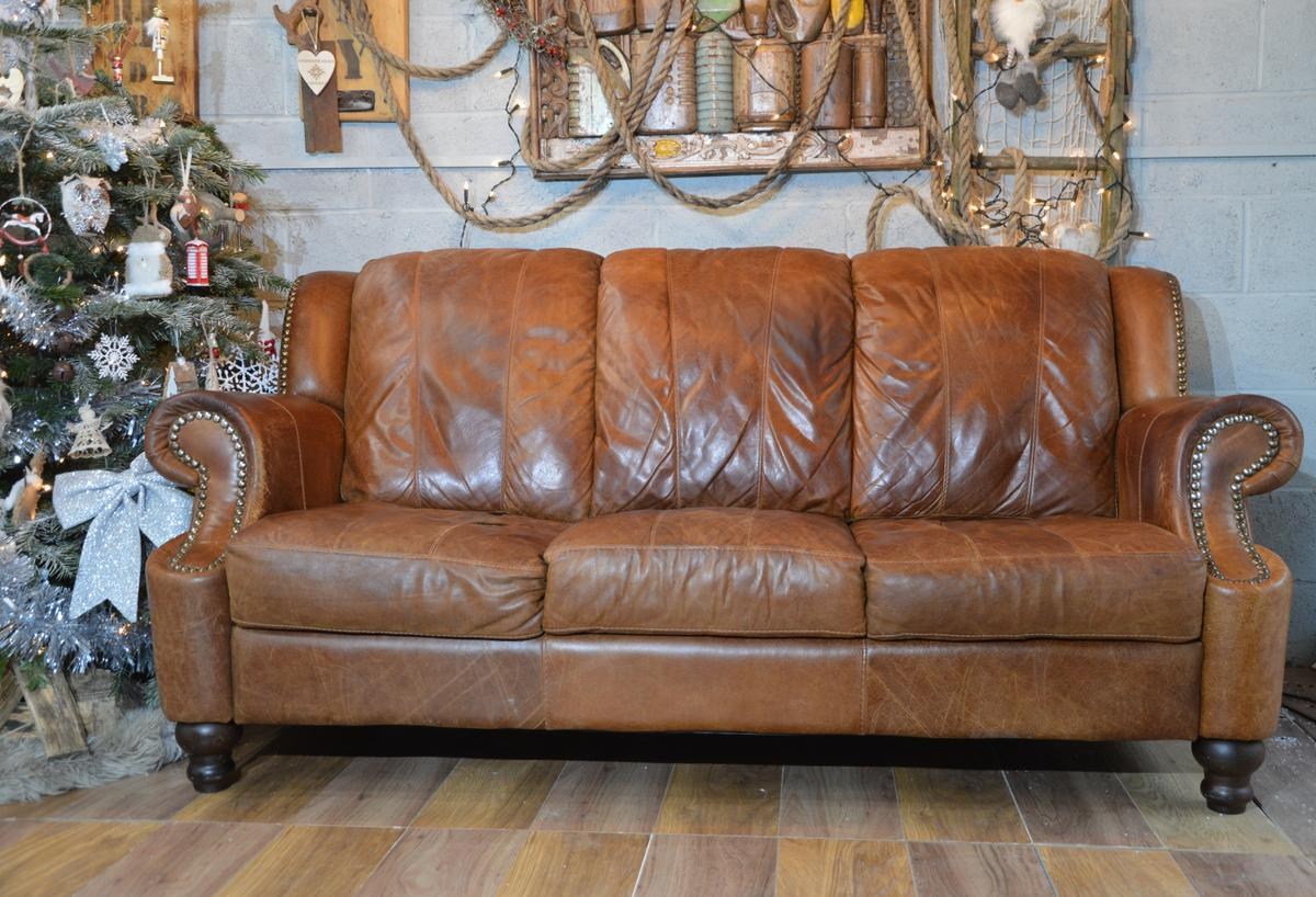 Vintage Distressed Leather 3 Seater Sofa In M25 Bury For
