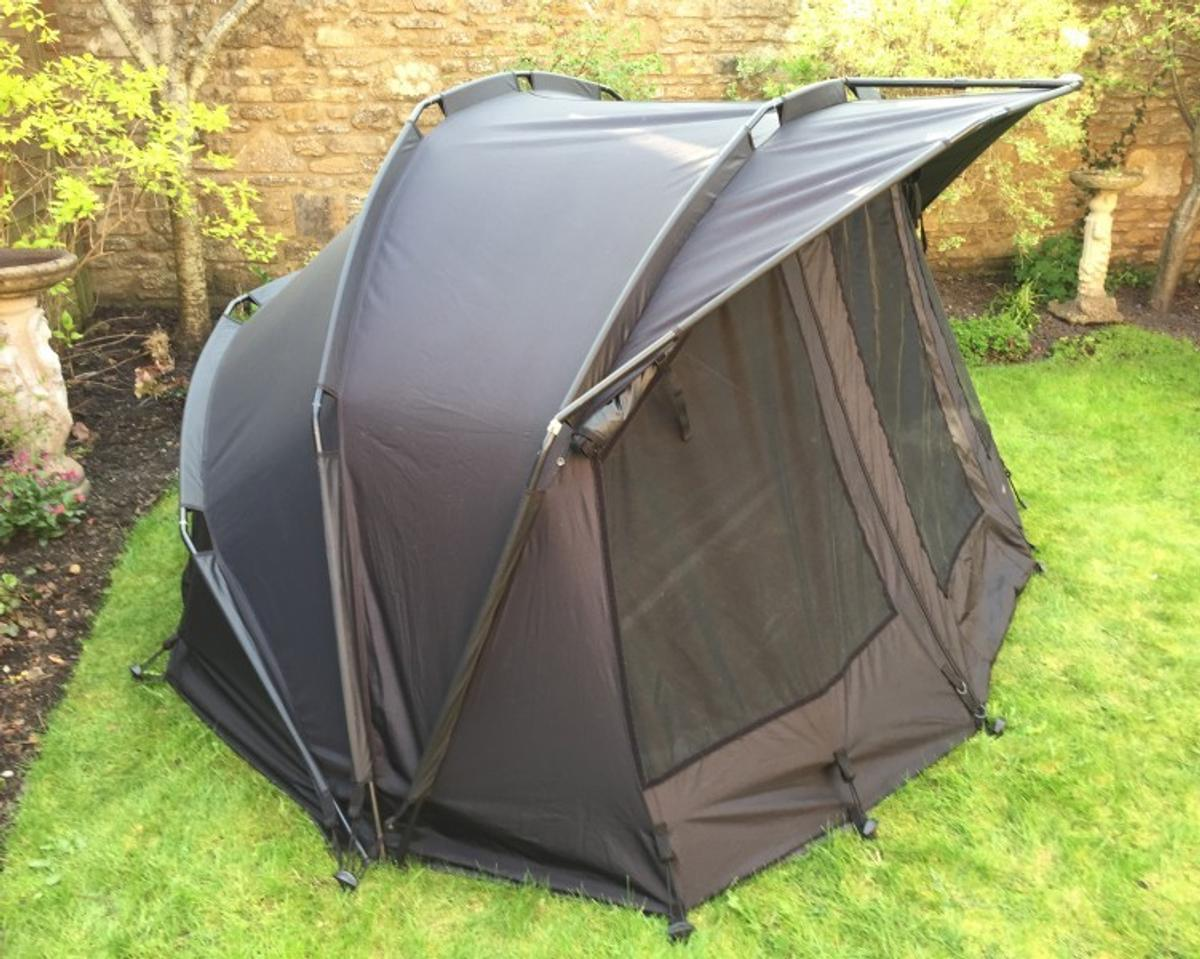 8106ccb671216 Trakker Armo mk2 BLACK SERIES bivvy fishing in SM6 Sutton for ...