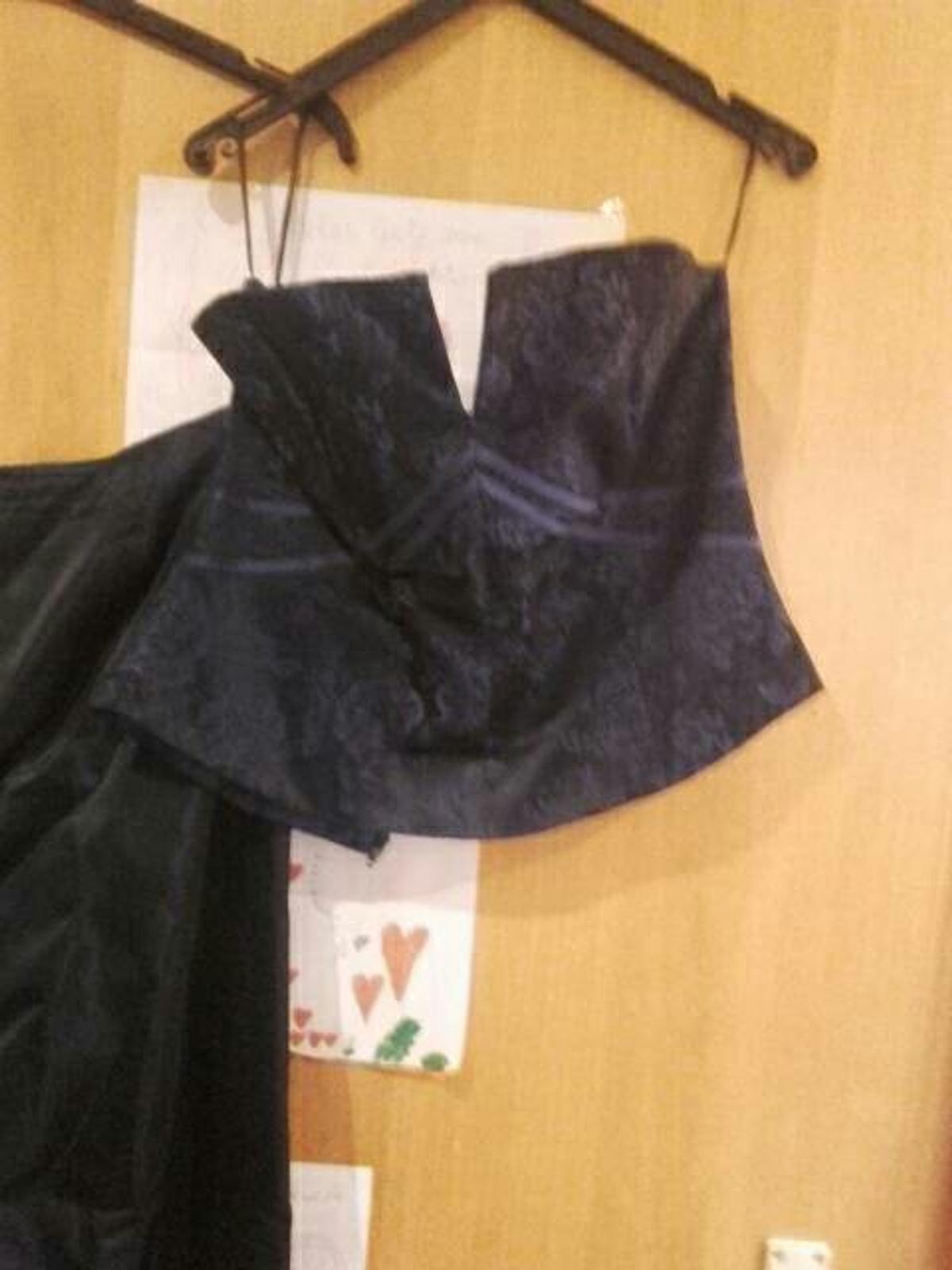 newest 502e1 f9b2a Rock+Corsage+Stolla in 57584 Wallmenroth for €23.00 for sale ...