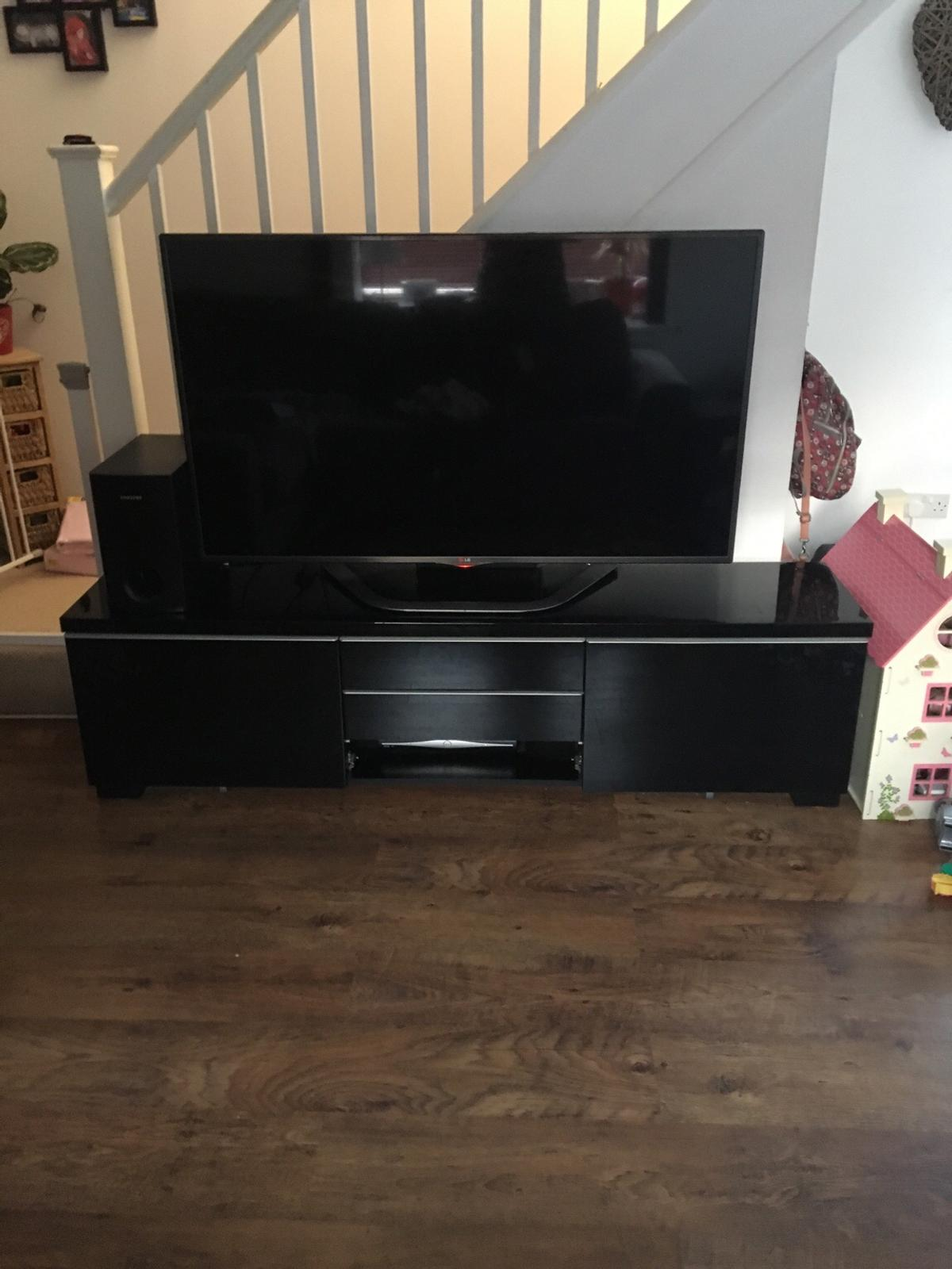 Magnificent Ikea Besta Burs Tv Unit Black Gloss In Stondon Massey For Andrewgaddart Wooden Chair Designs For Living Room Andrewgaddartcom