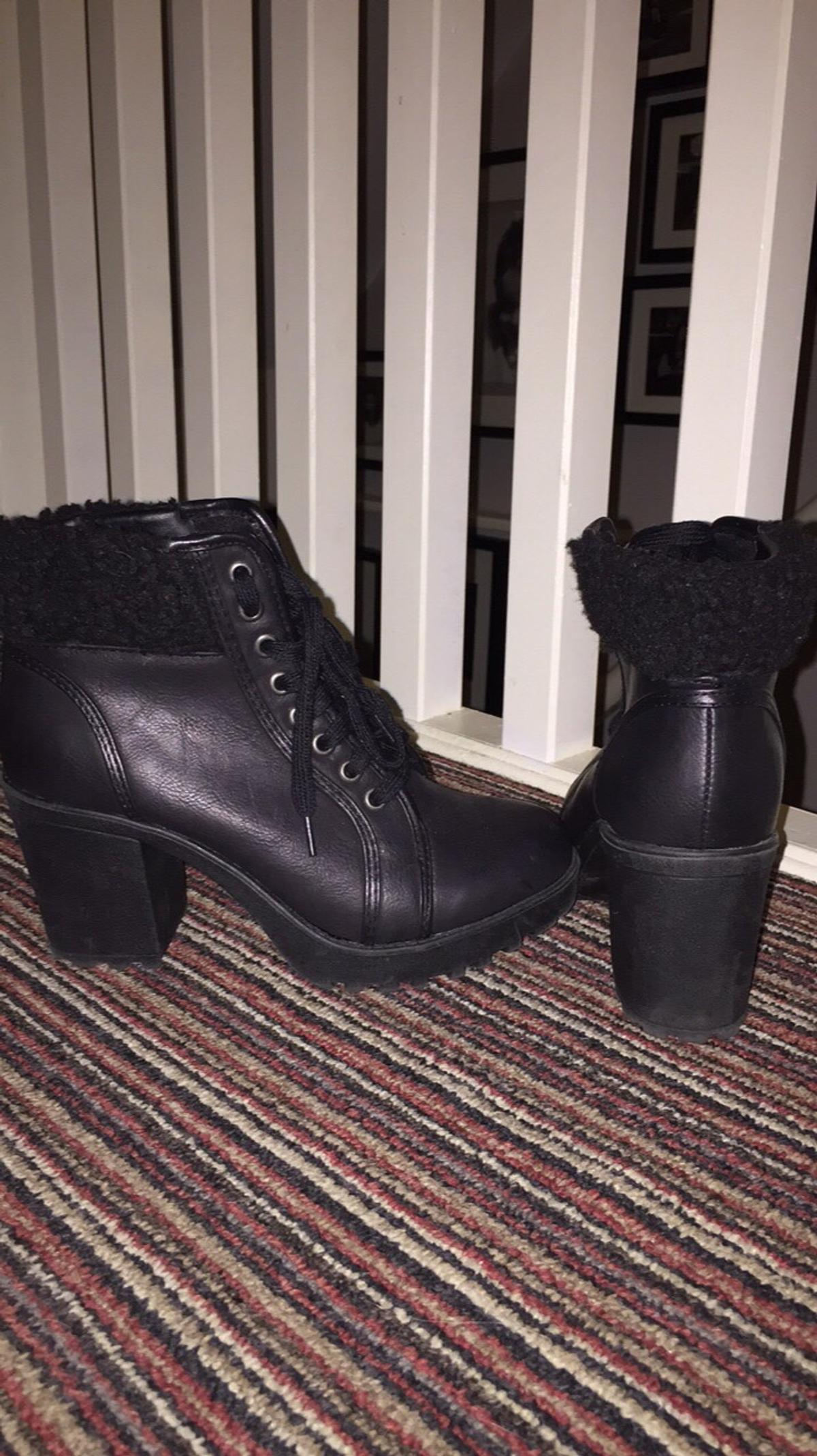 9af5675f468 New Look Combat Boots - Size 4
