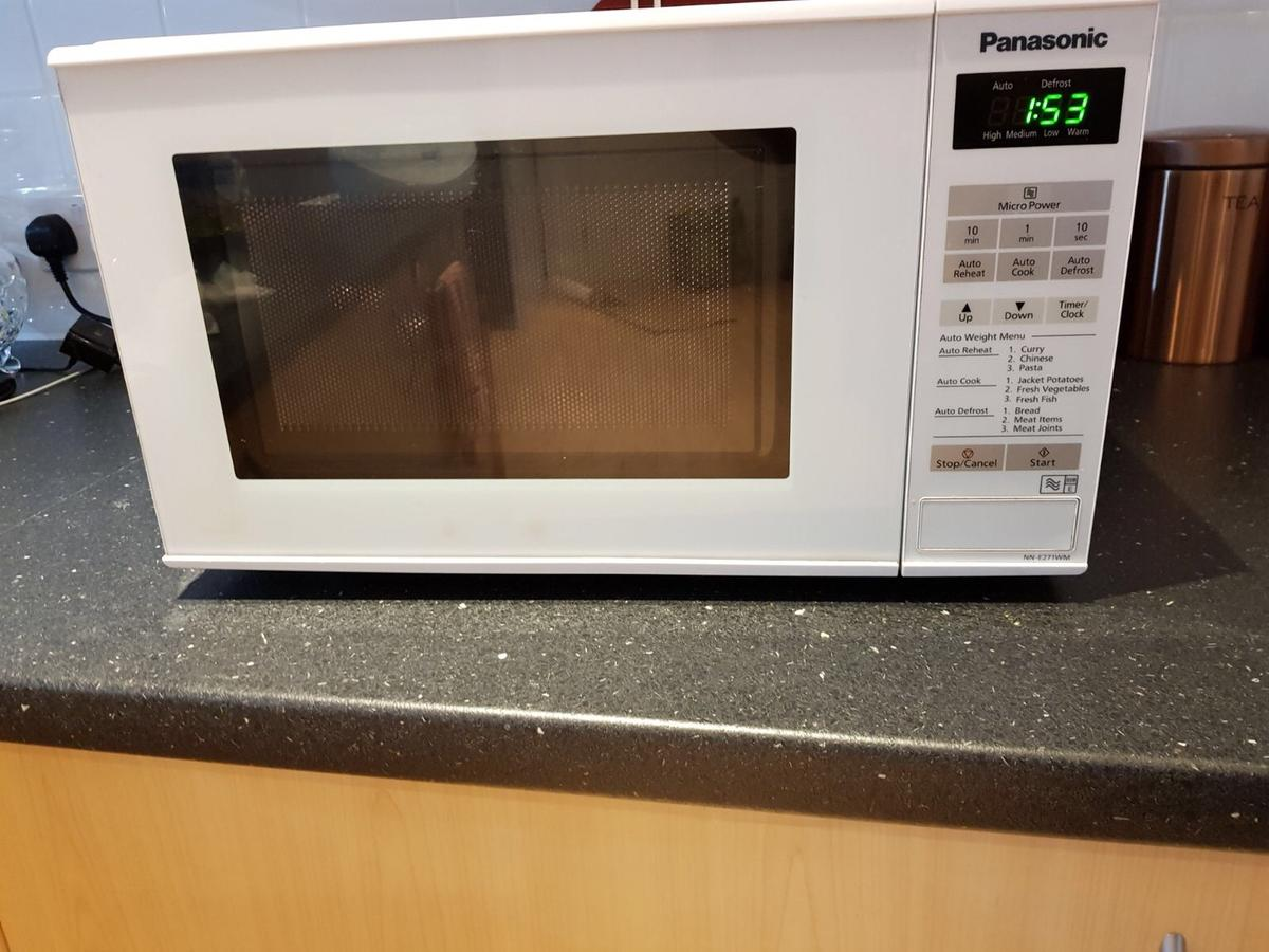 Panasonic microwave for sale in SE10 Greenwich for £25 00