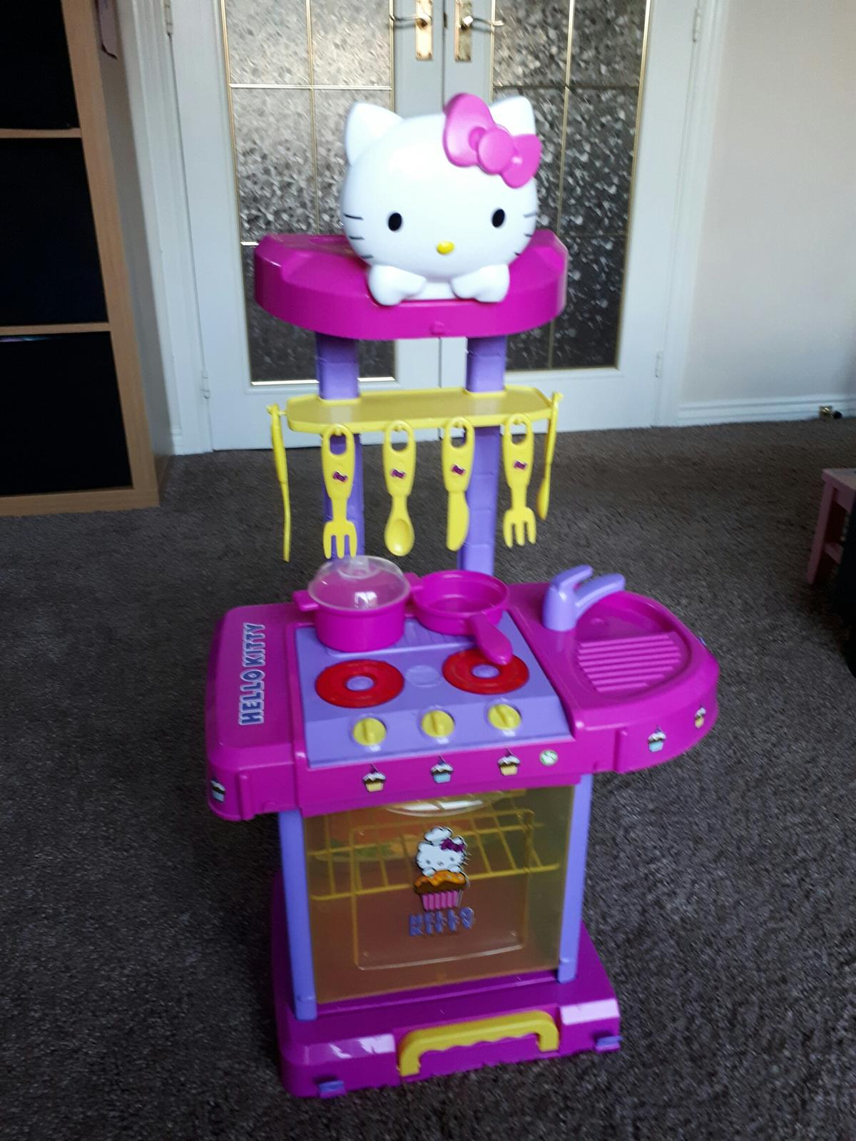 Hello Kitty Kitchen In Dy2 Dudley For 5 00 For Sale Shpock