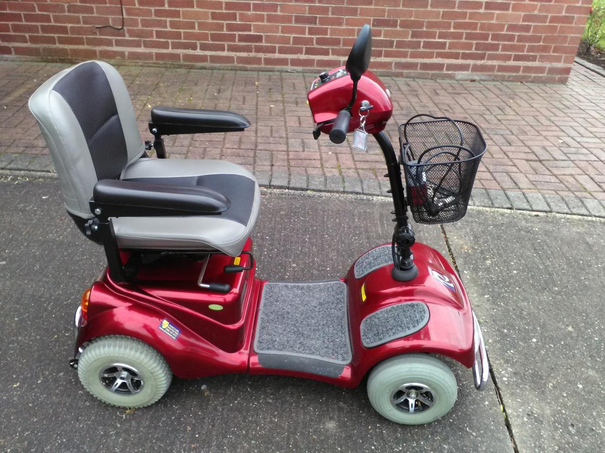 Roma Rascal Mobility Scooter - AS NEW in Crabtree Green for