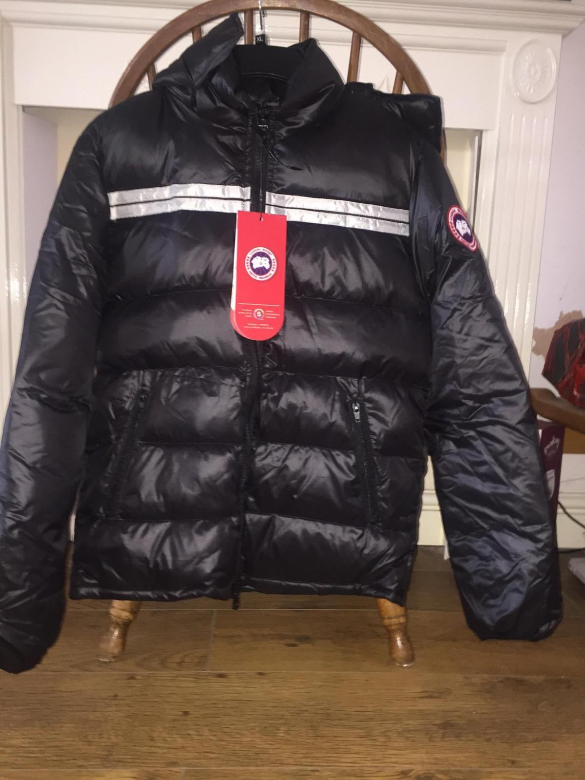 0256ed4e892 Canada Goose Summit Jacket in Buckley for £200.00 for sale - Shpock