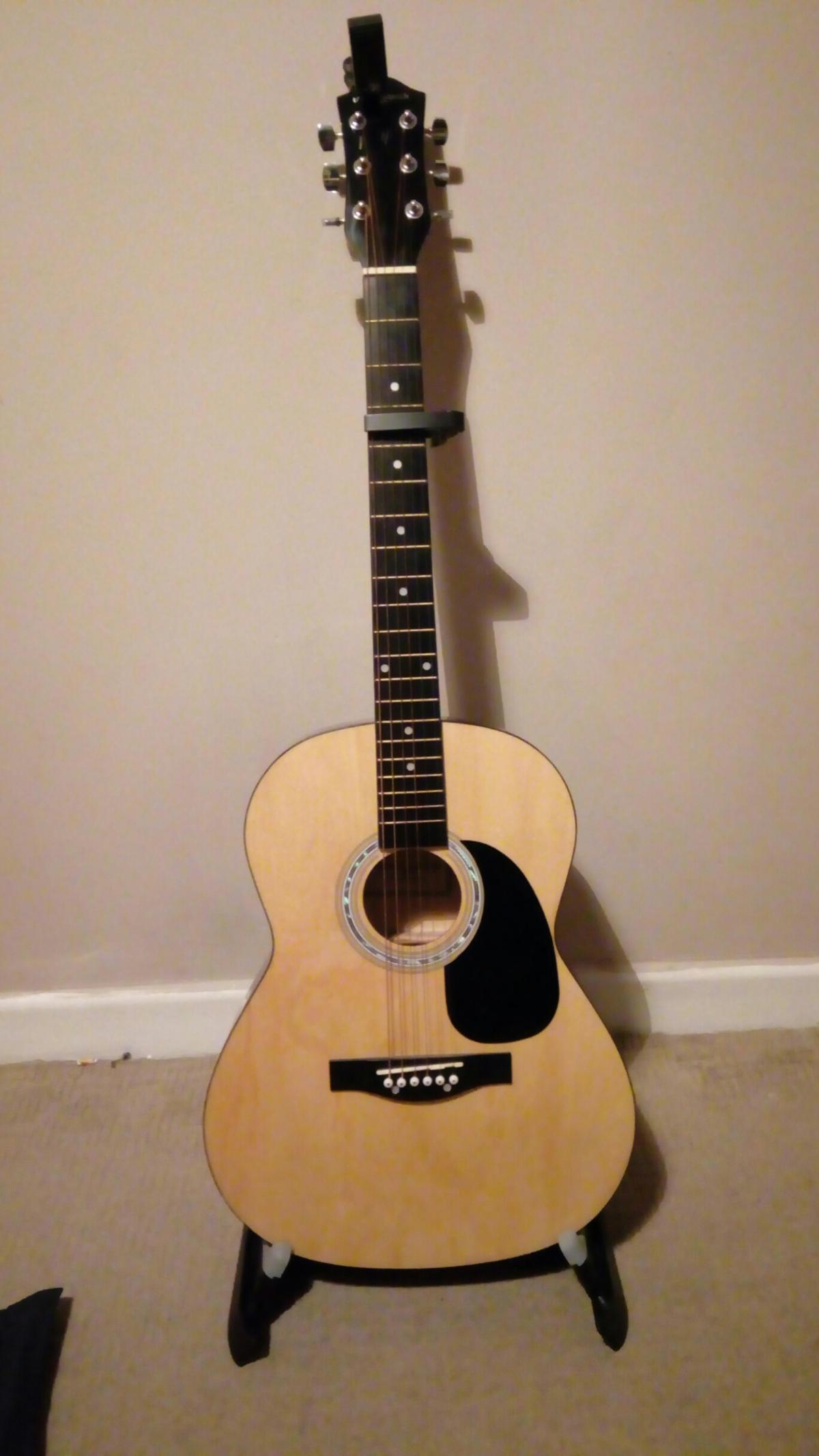 Martin Smith Acoustic Guitar In Ex12 Devon For 40 00 For Sale Shpock