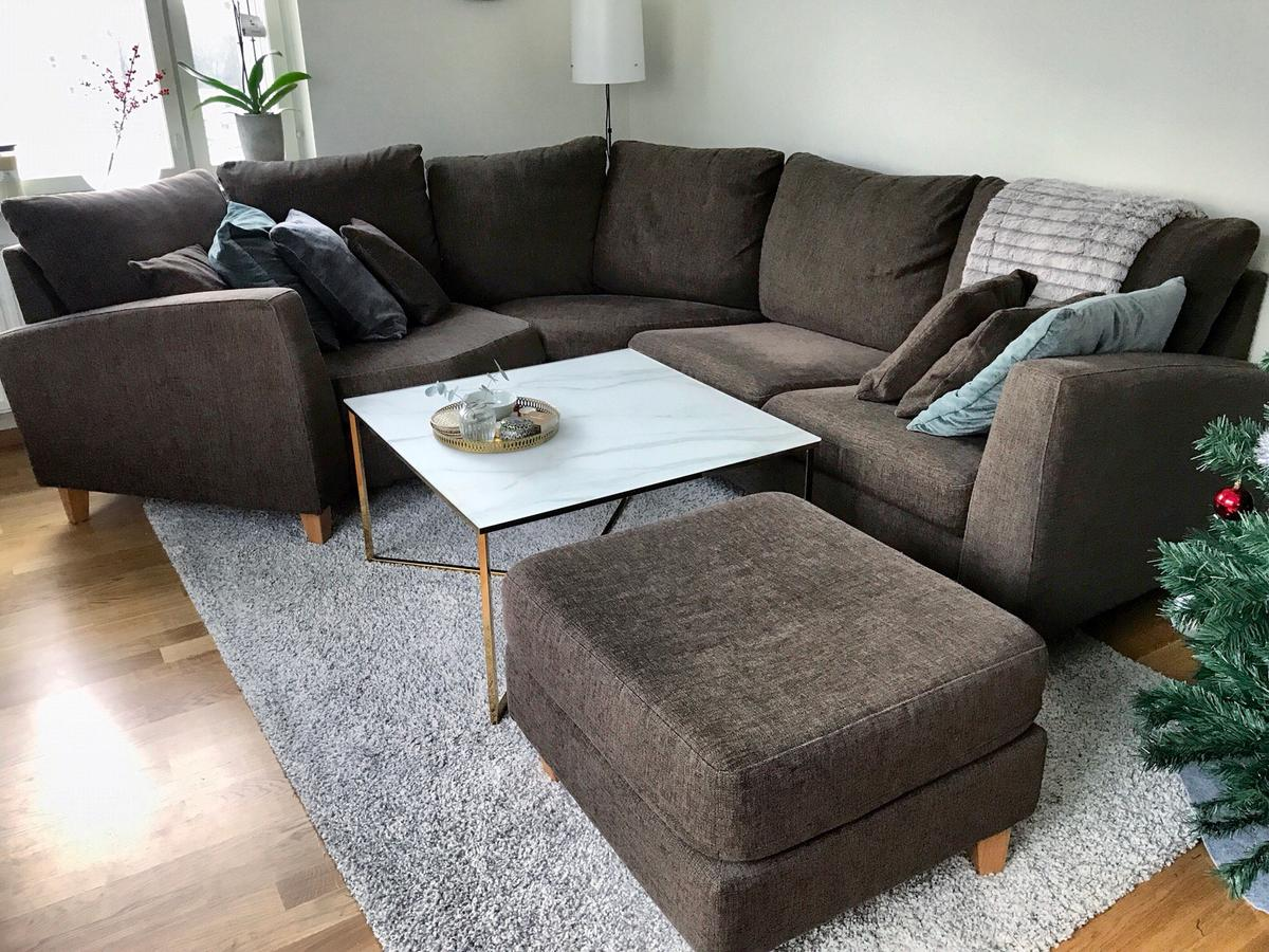 Unika Mio-soffa med cosy hörn + fotpall in 12471 Stockholm for SEK NL-36