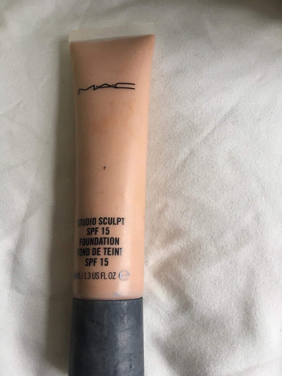Mac Studio Sculpt Foundation In Shade Nw25 In Bb2 Blackburn For 12 00 For Sale Shpock