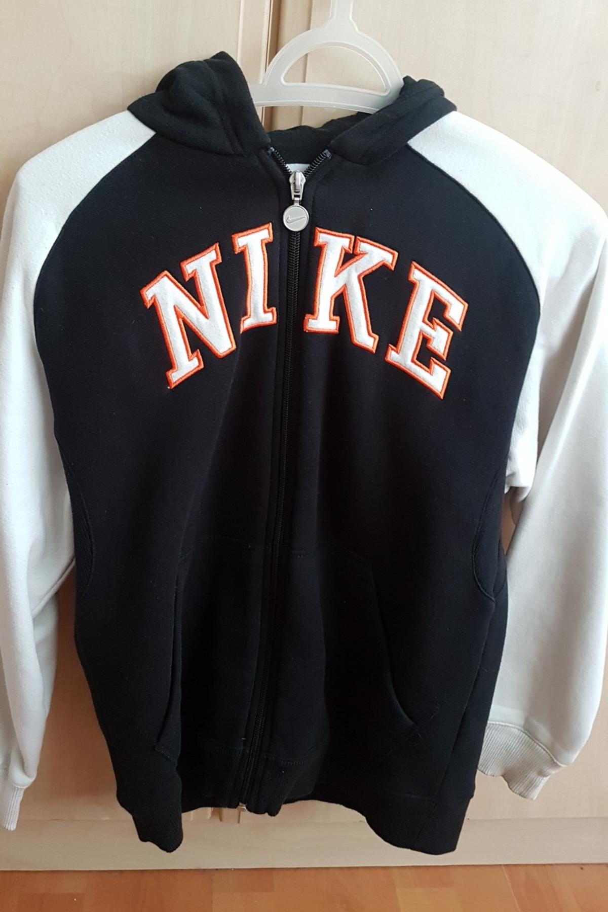 903bf12e1e4e Nike Hoodie age 12 in CR4 Merton for £5.00 for sale - Shpock