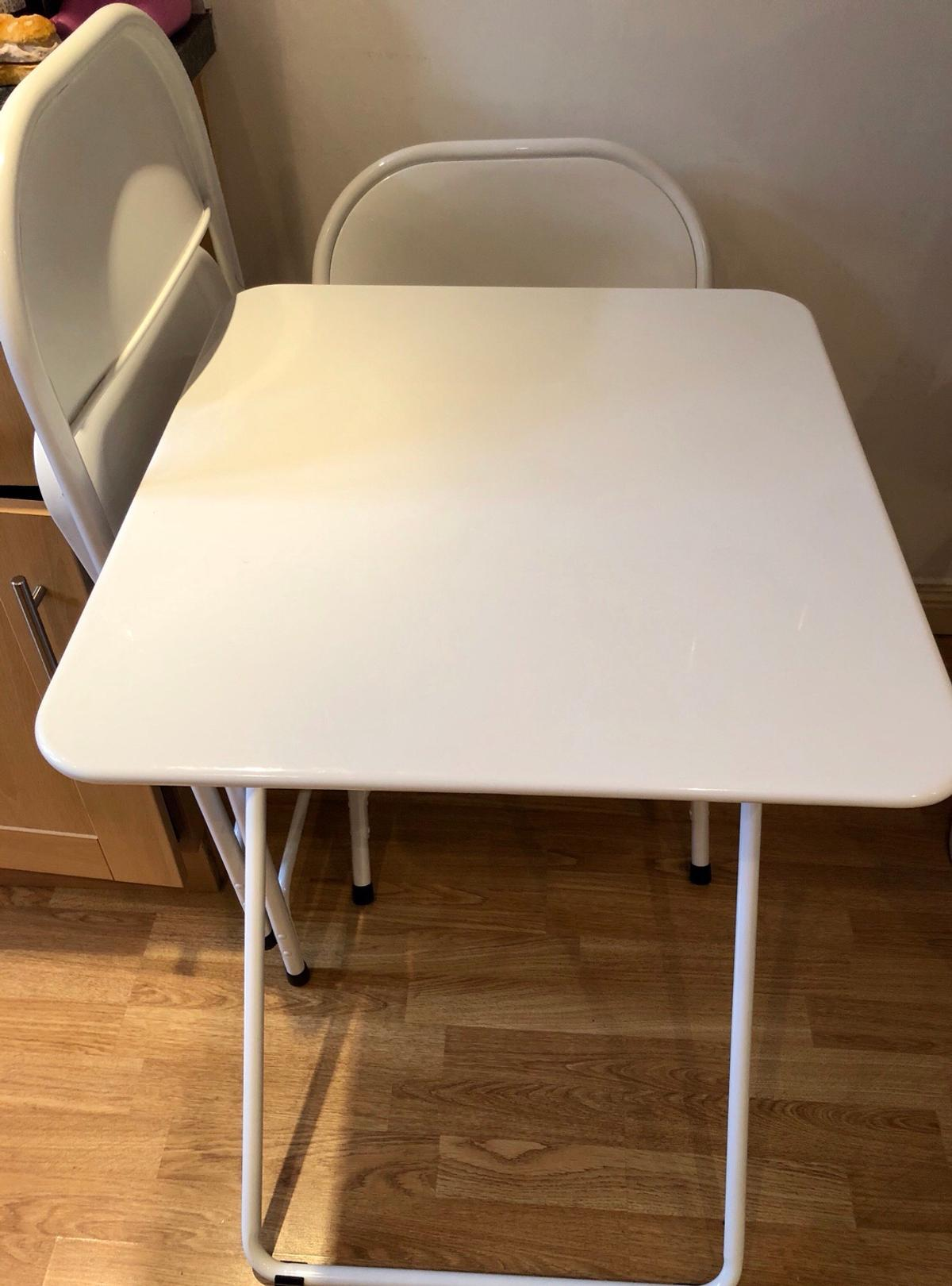 - Folding Habitat Dining Table + 2 Chairs Set In W2 Chelsea Für £ 40