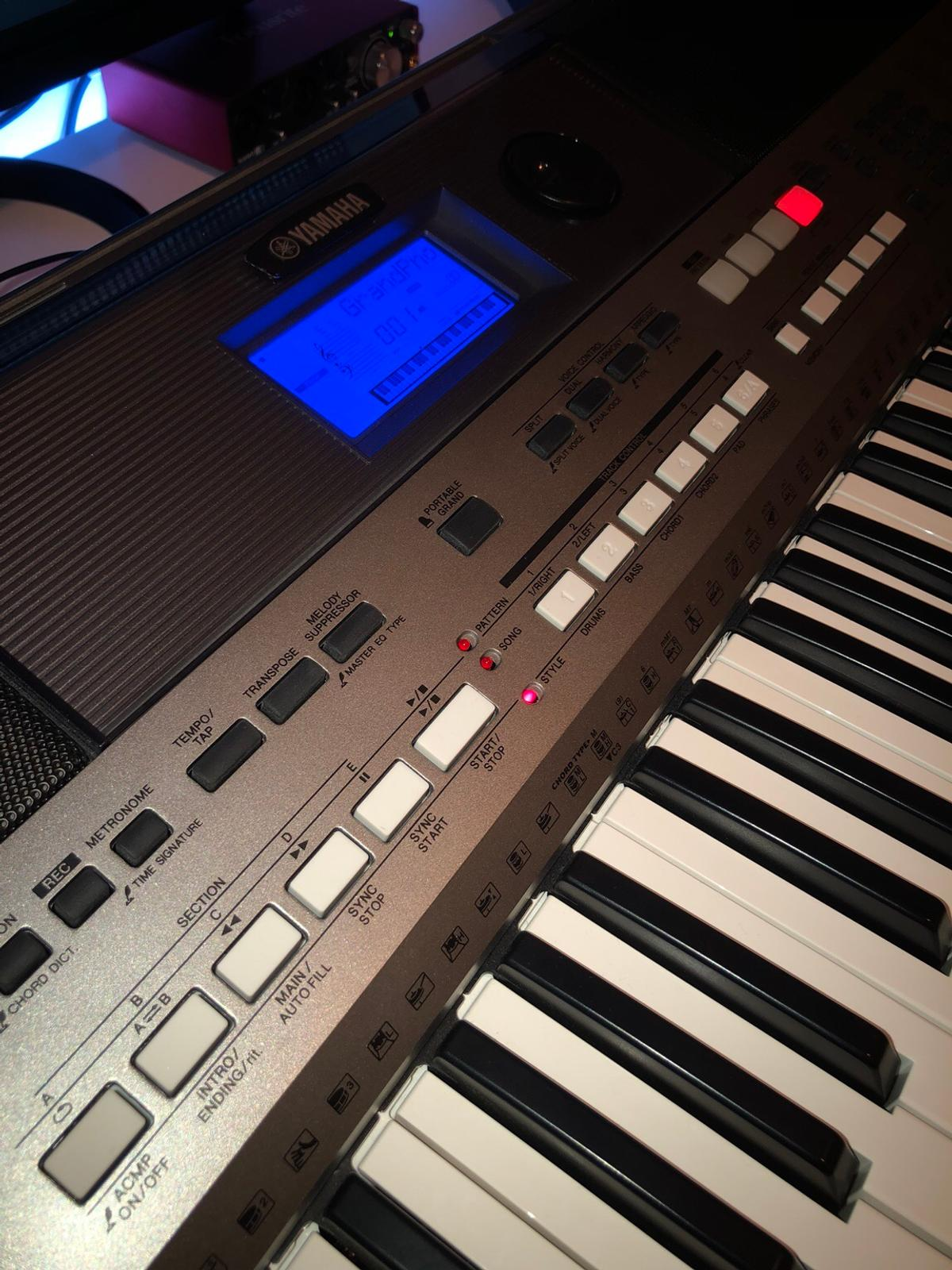 KEYBOARD - Yamaha PSR E443 in WN4 Helens for £190 00 for