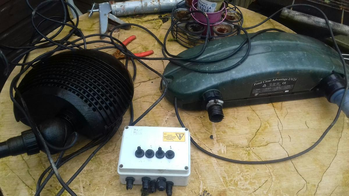 Cool Pond Pump Filter Box And Uv In Rh19 Sussex Fur 90 00 Kaufen Shpock Wiring Cloud Oideiuggs Outletorg