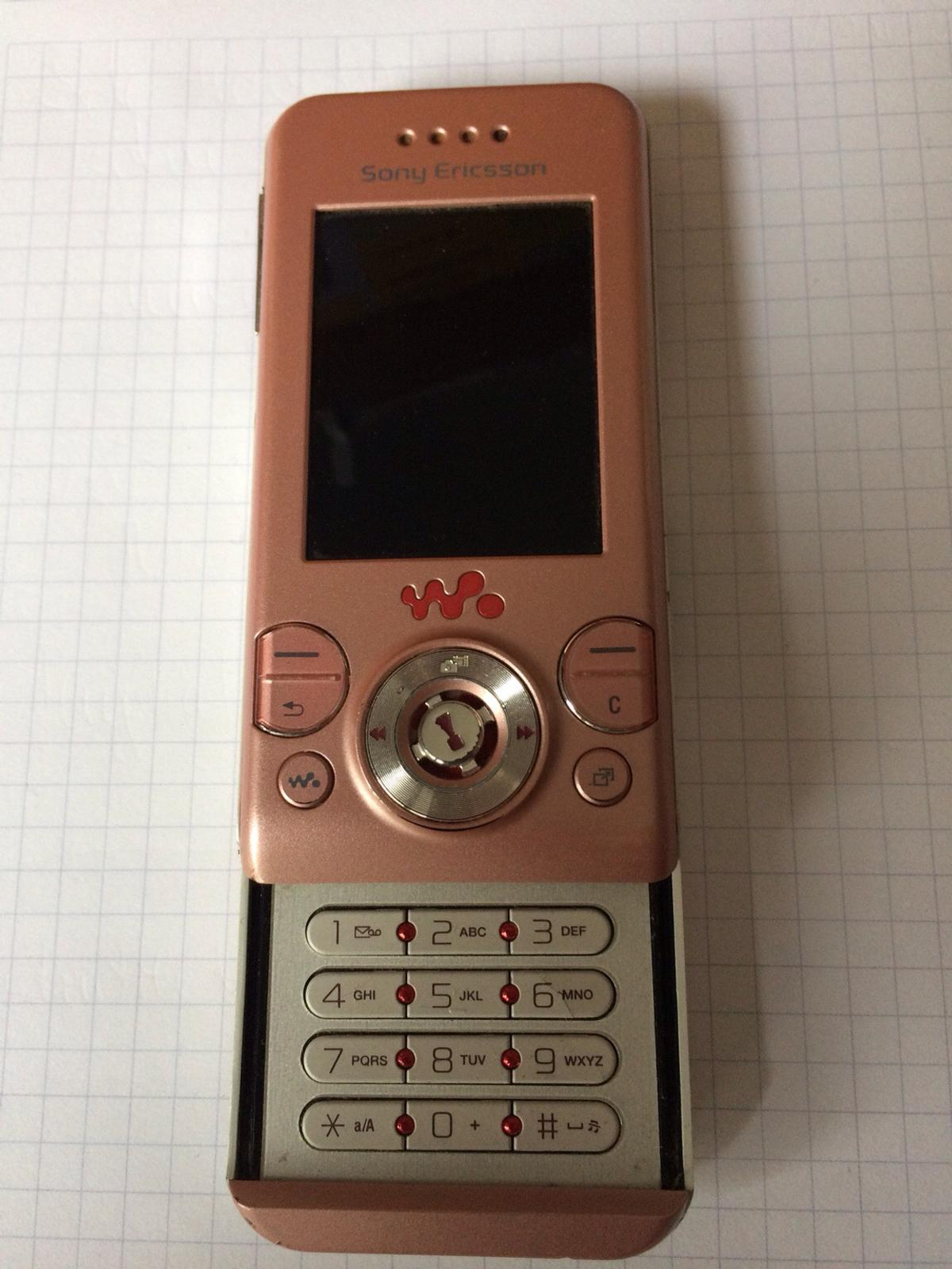 Sony Ericson Altes Handy In Rosa In 67661 Hohenecken For 10 00 For Sale Shpock