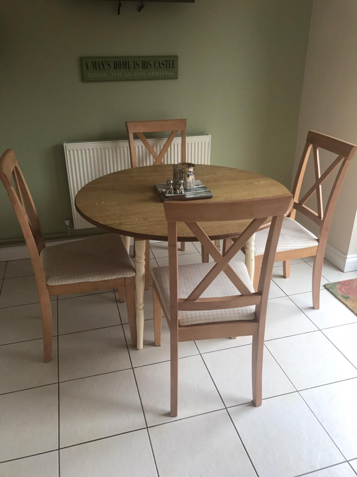 Shabby chic extending dining table and chairs in DA9 Gravesham ...