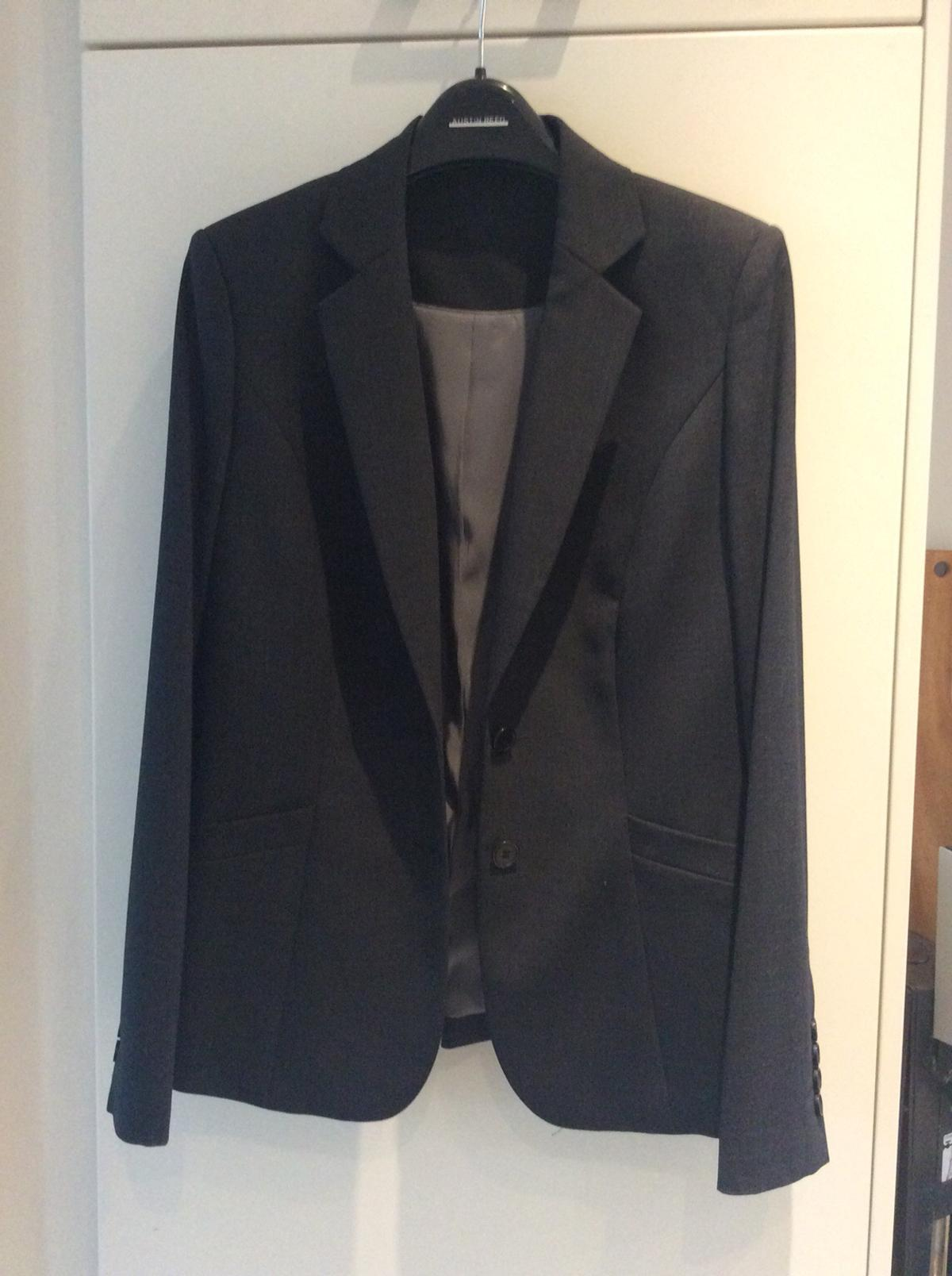 Austin Reed Ladies Size 10 Suit Dark Grey In Sw11 Wandsworth For 100 00 For Sale Shpock