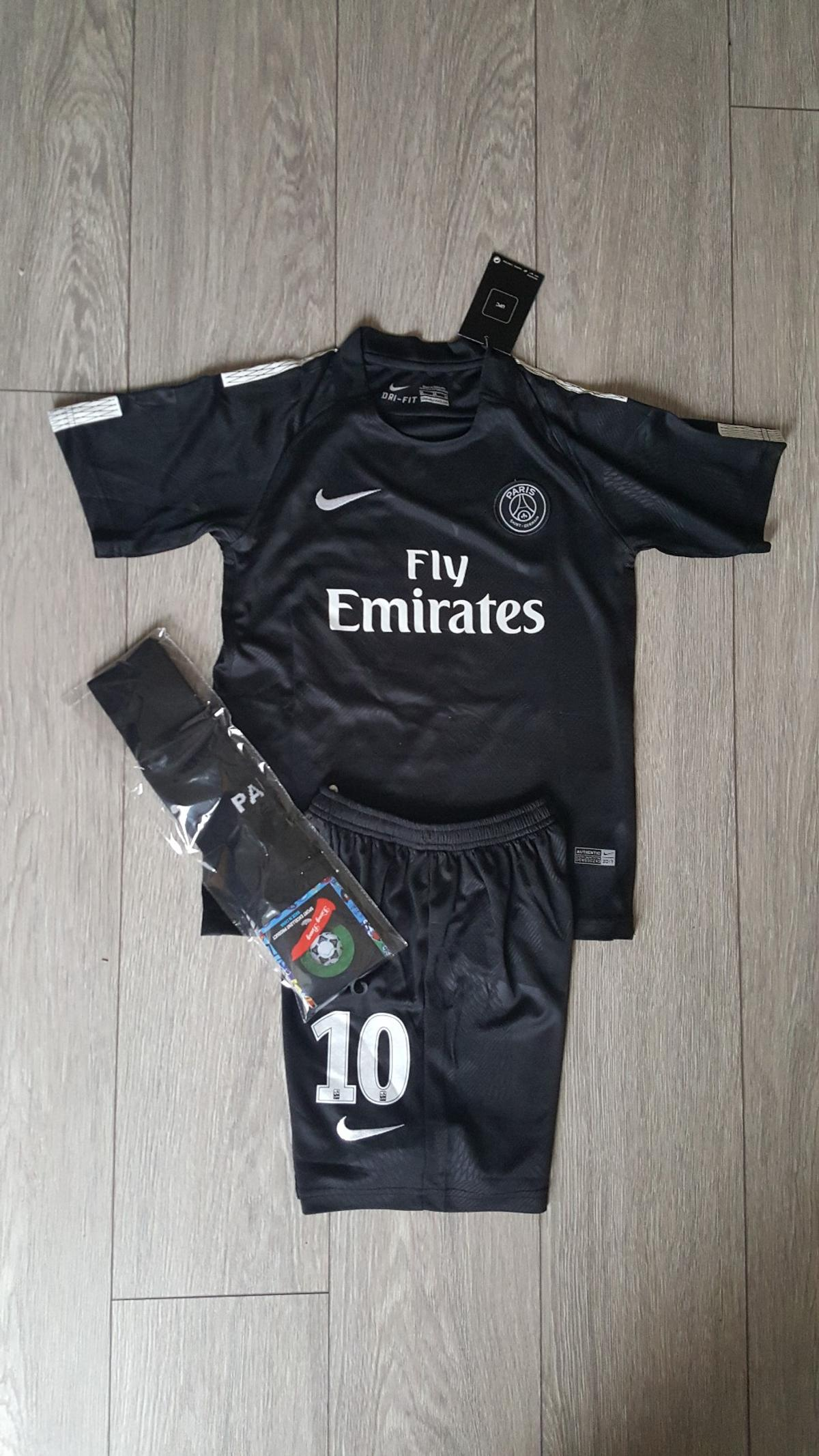 check out aae45 11475 2018 PSG Neymar football kit 7-13 years kids in CH42 Wirral ...