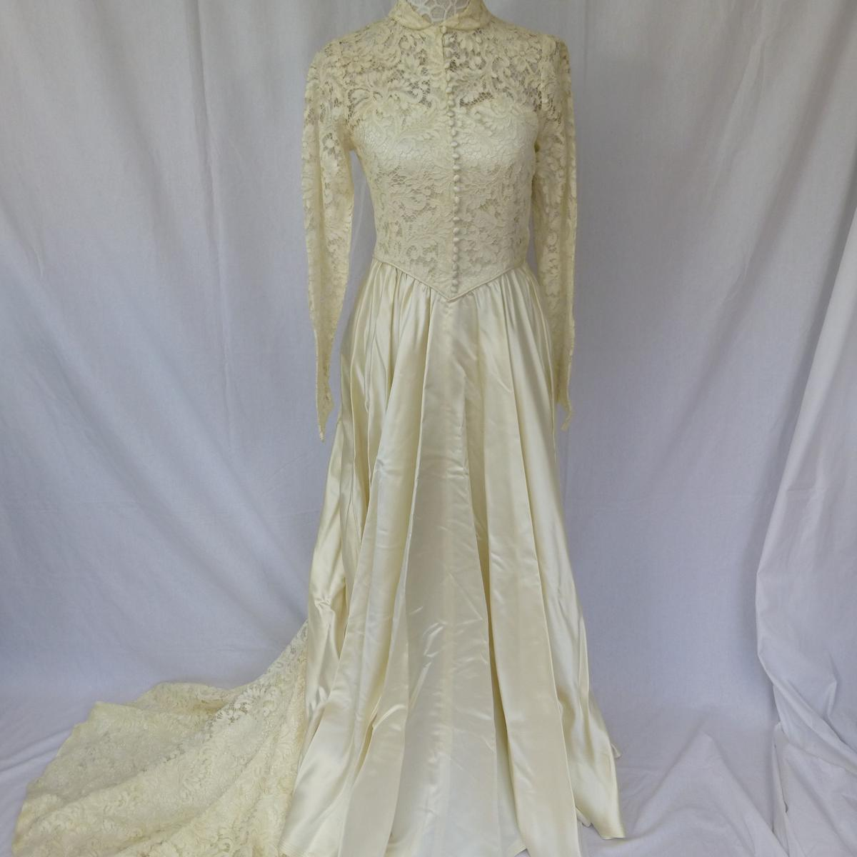 Vintage 1950s Lace Wedding Dress Size 8 In Welwyn Hatfield