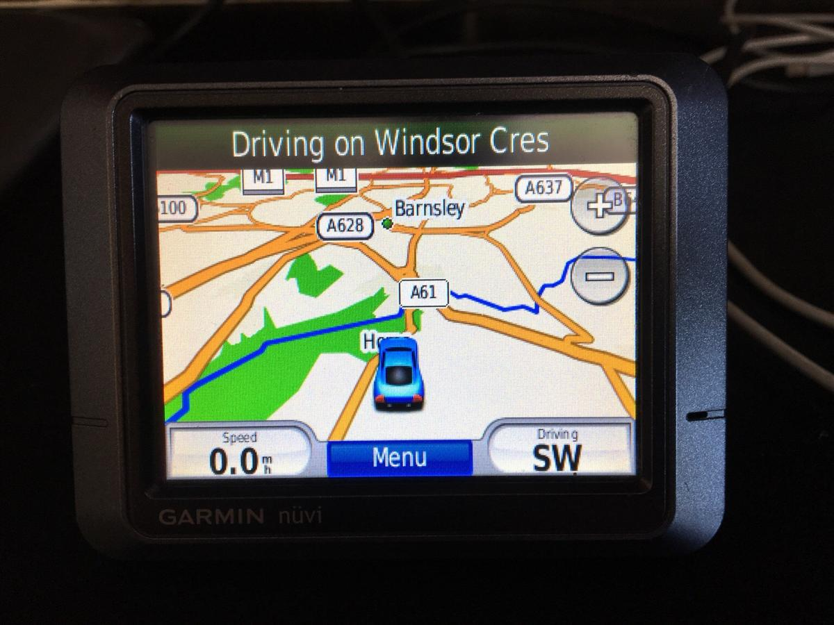 Used Garmin nuvi sat nav uk/ usa maps