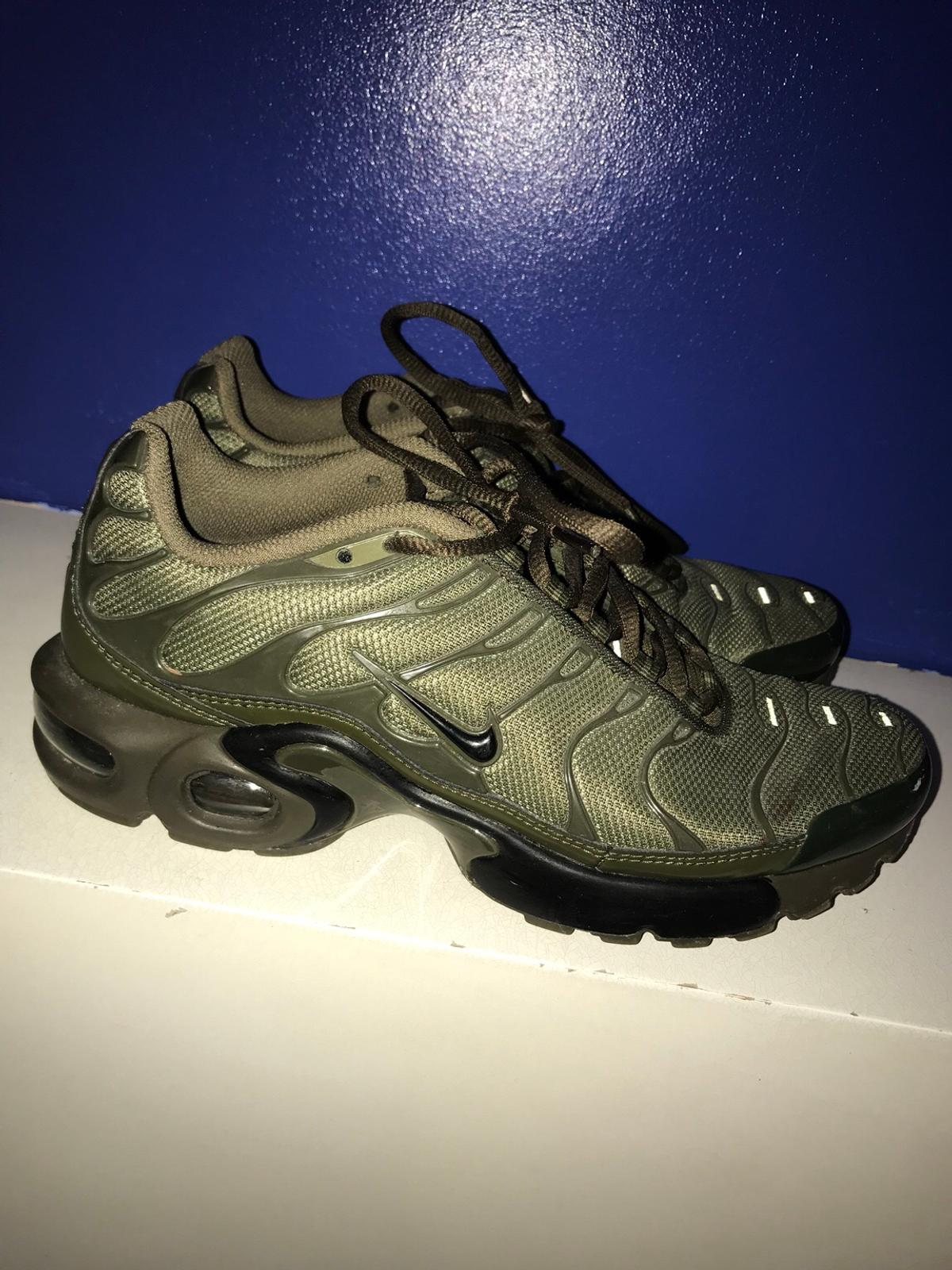 huge discount 0c1a2 30e0a Black and green unisex TNS