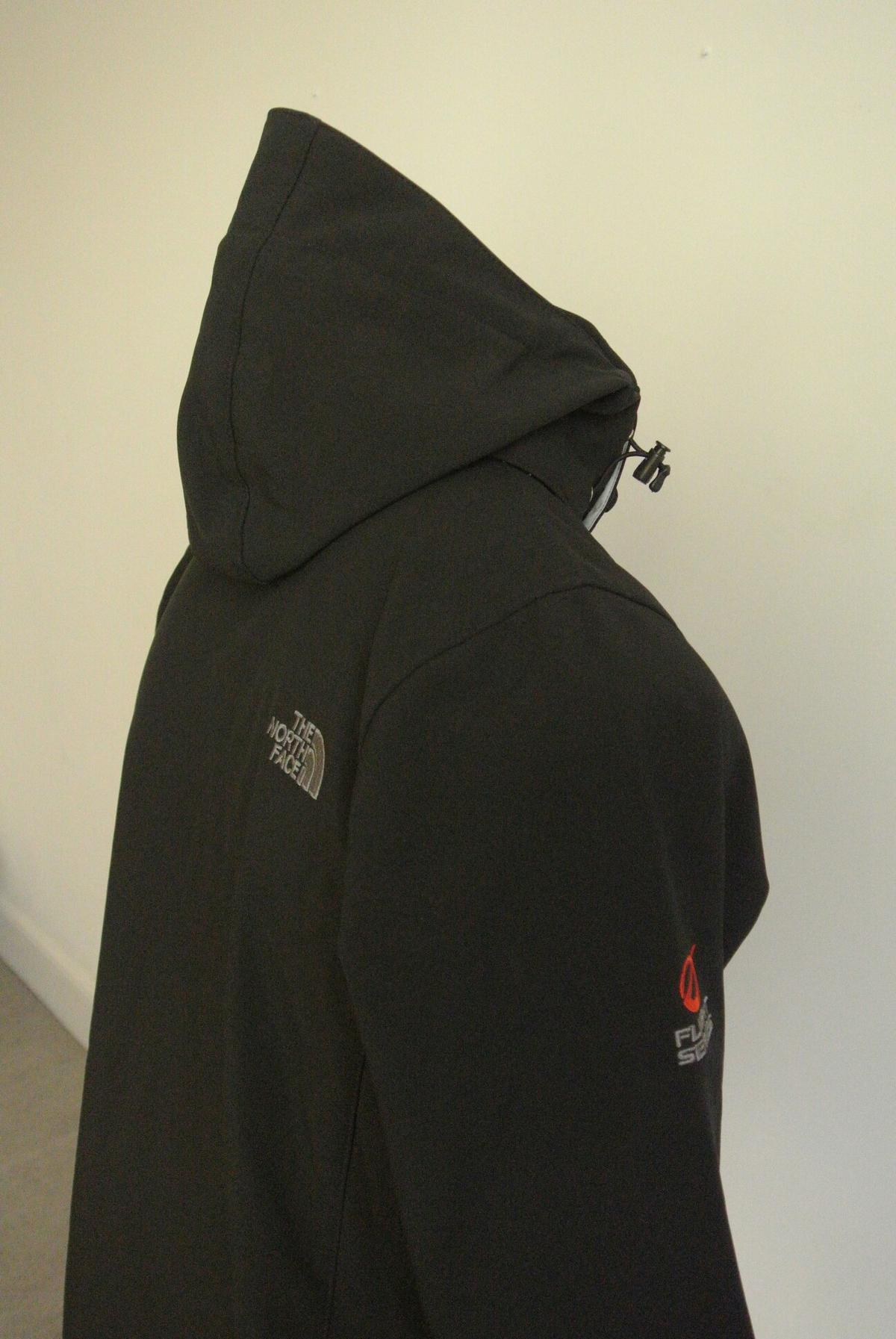 fabd67253 THE NORTH FACE flight series wind stopper in E1 London for £40.00 ...