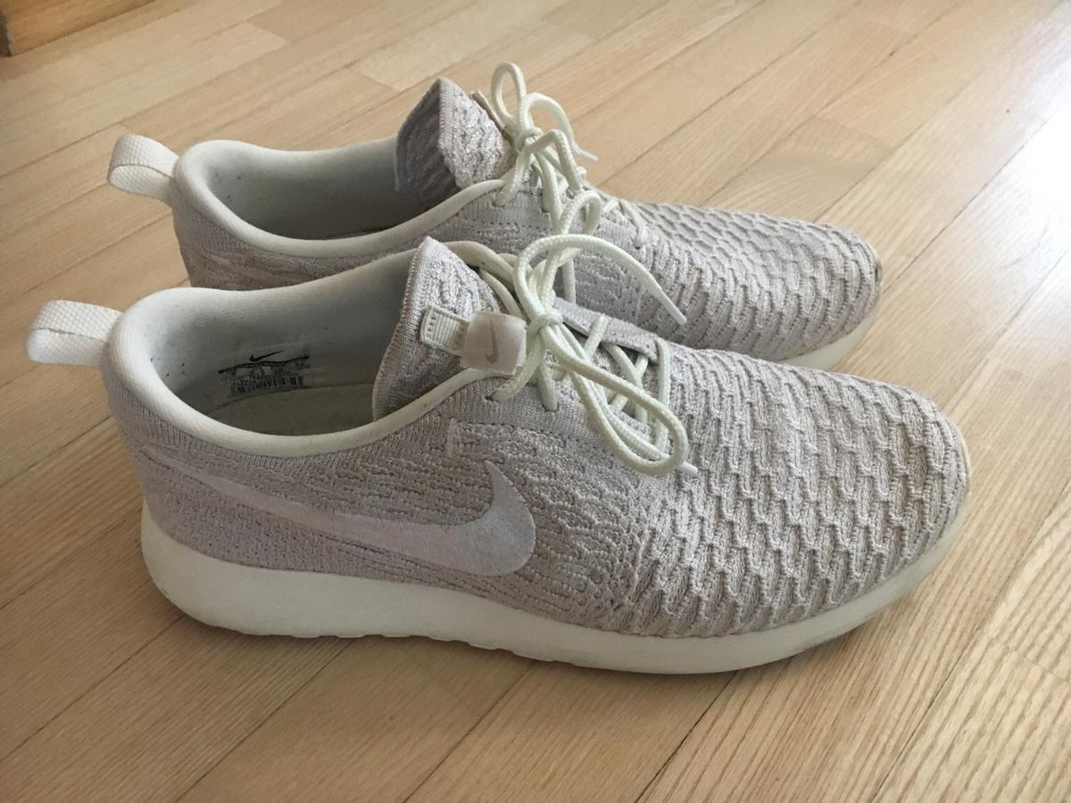 Nike Schuhe in 4203 Altenberg bei Linz for €30.00 for sale