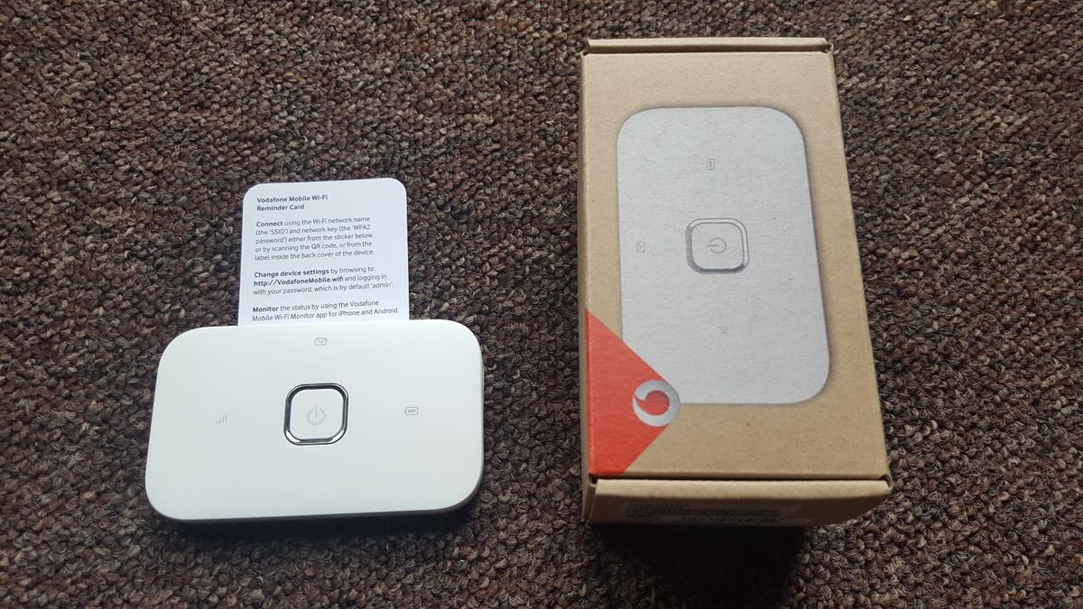 Vodafone R216 Mobile wifi dongle,6 data in E7 London for £15 00 for