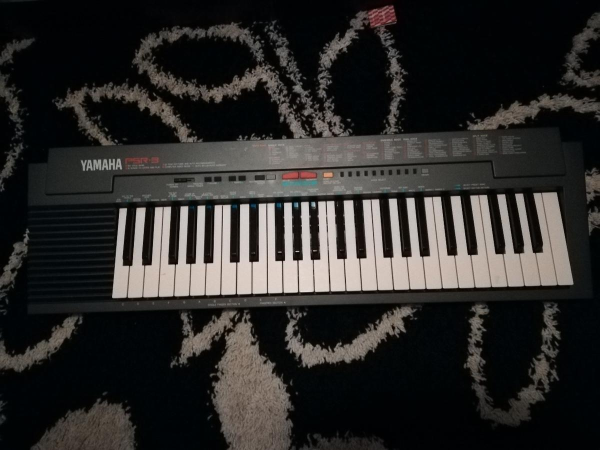 Electric keyboard in SE16 Southwark for £20 00 for sale - Shpock