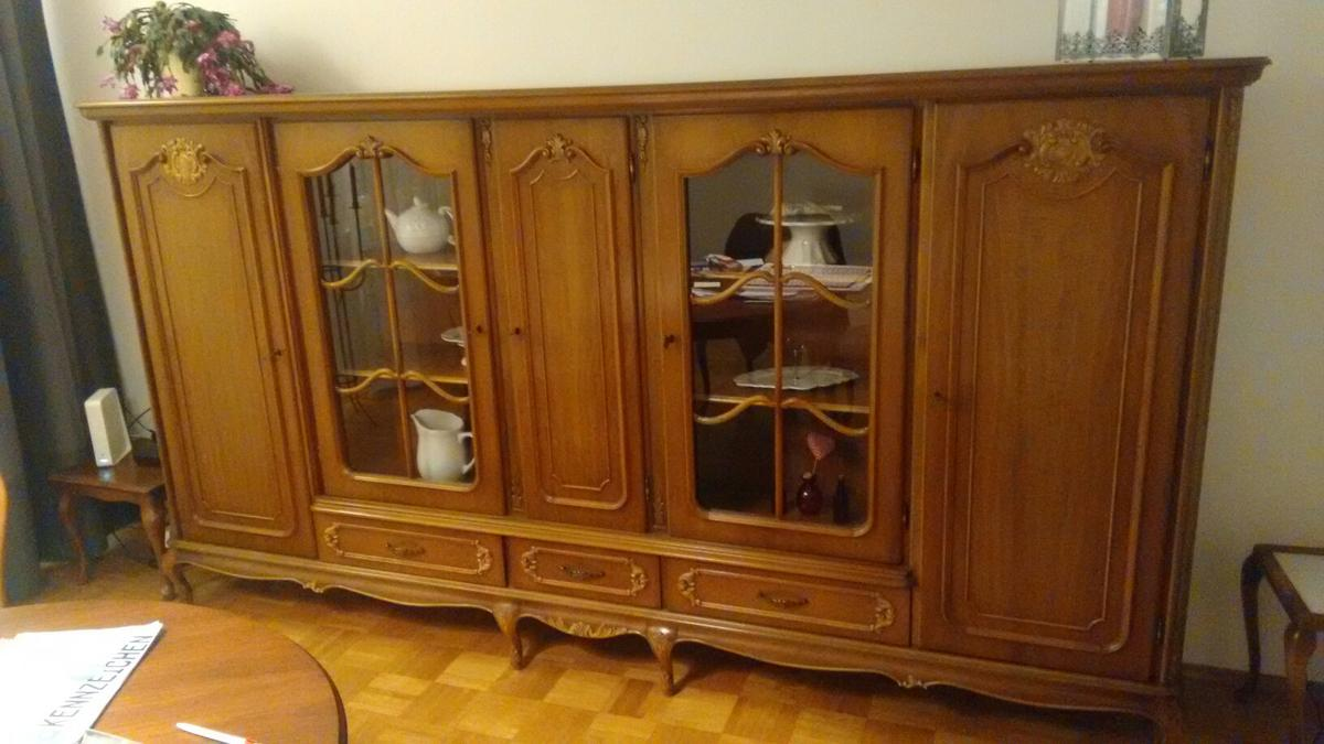 Chippendale Schrank in 8 Bochum for €8.8 for sale  Shpock