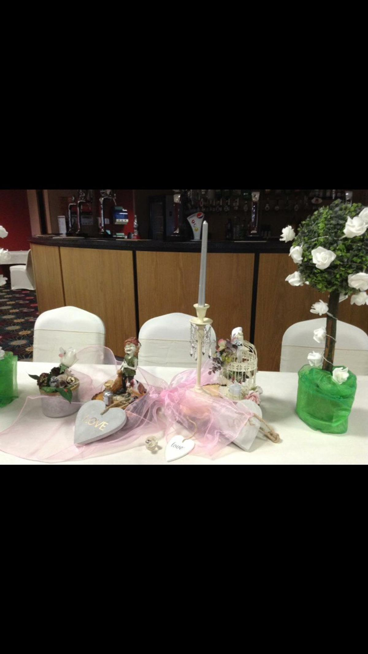 Selection Of Hearts Wedding Decorations In Walsall For 30 00 For Sale Shpock